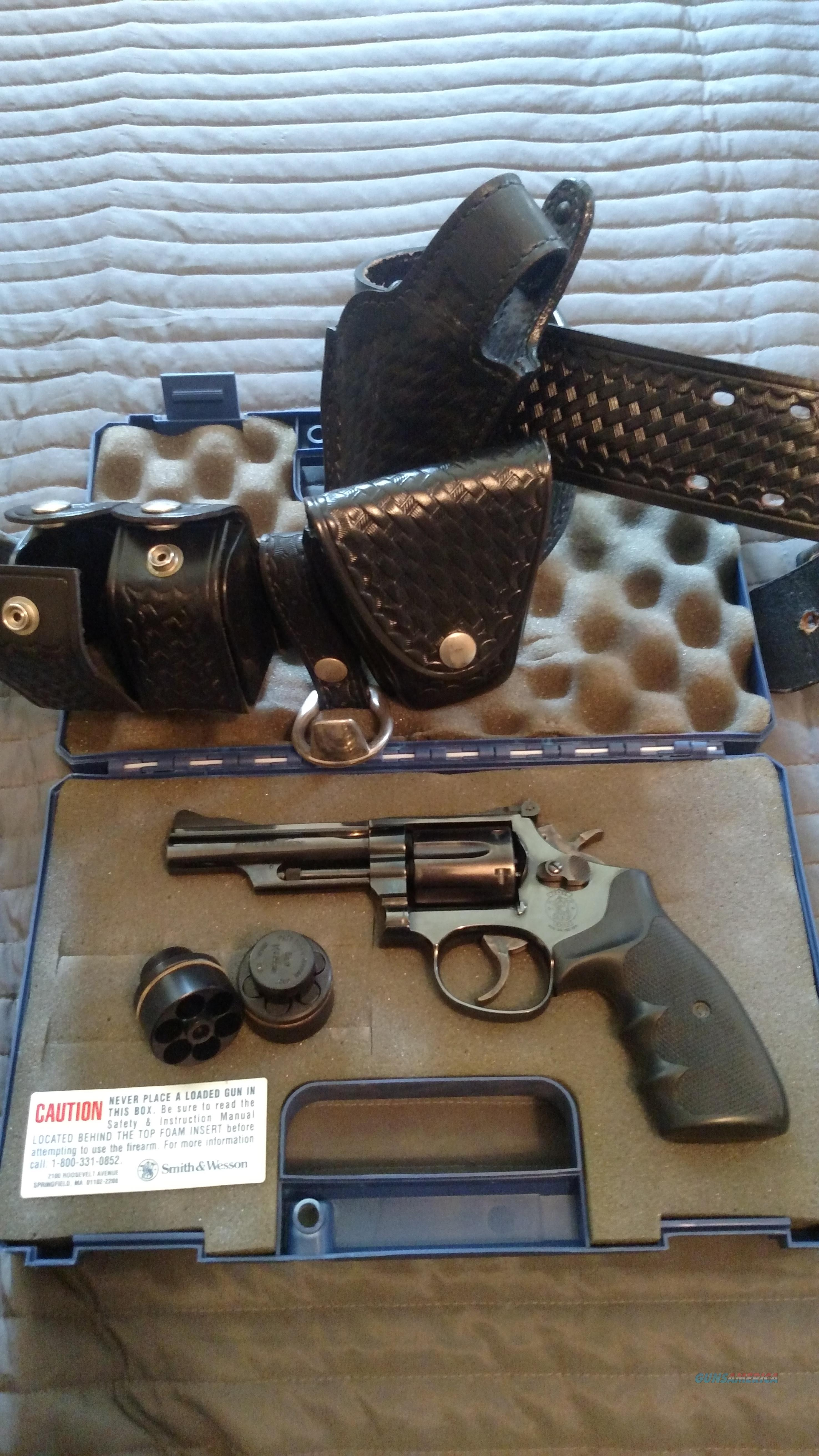 "S & W Model 19-7 in .357 ""$$ Drop""  Guns > Pistols > Smith & Wesson Revolvers > Med. Frame ( K/L )"