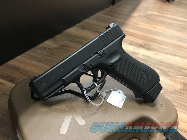 Glock 19x Black New Layaway 9mm 3 mags Nice Night Sights  Guns > Pistols > Glock Pistols > 19