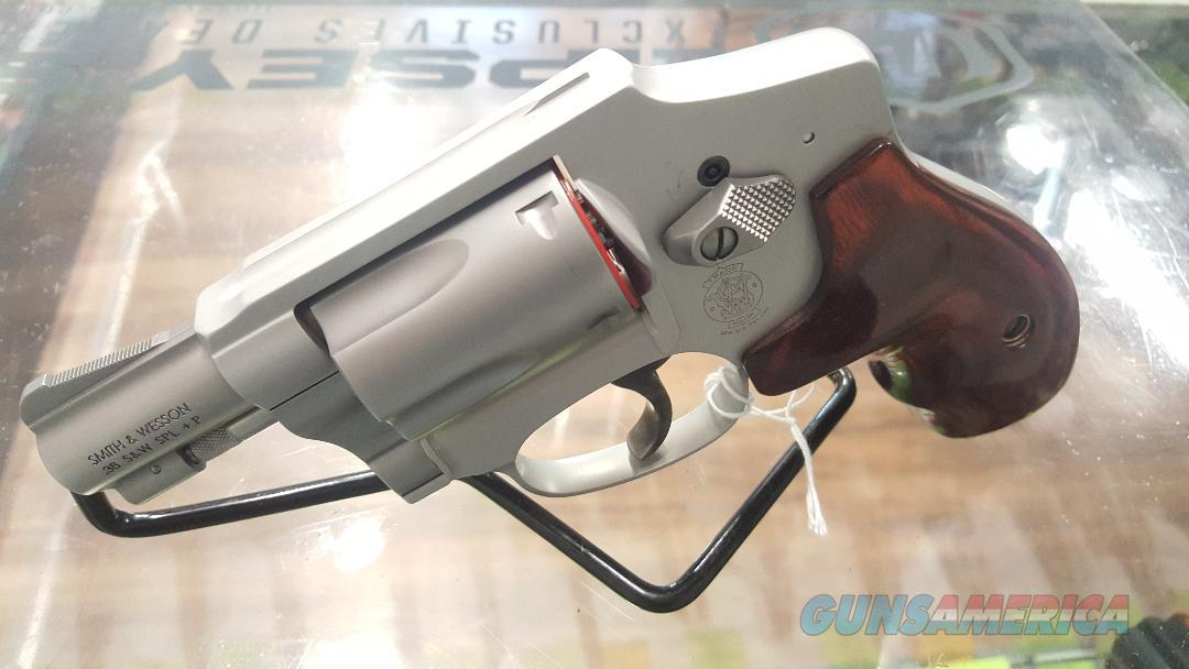 S&W Lady Smith Airweight 642, .38special Stainless Revolver! New In Box  Guns > Pistols > Smith & Wesson Revolvers > Pocket Pistols