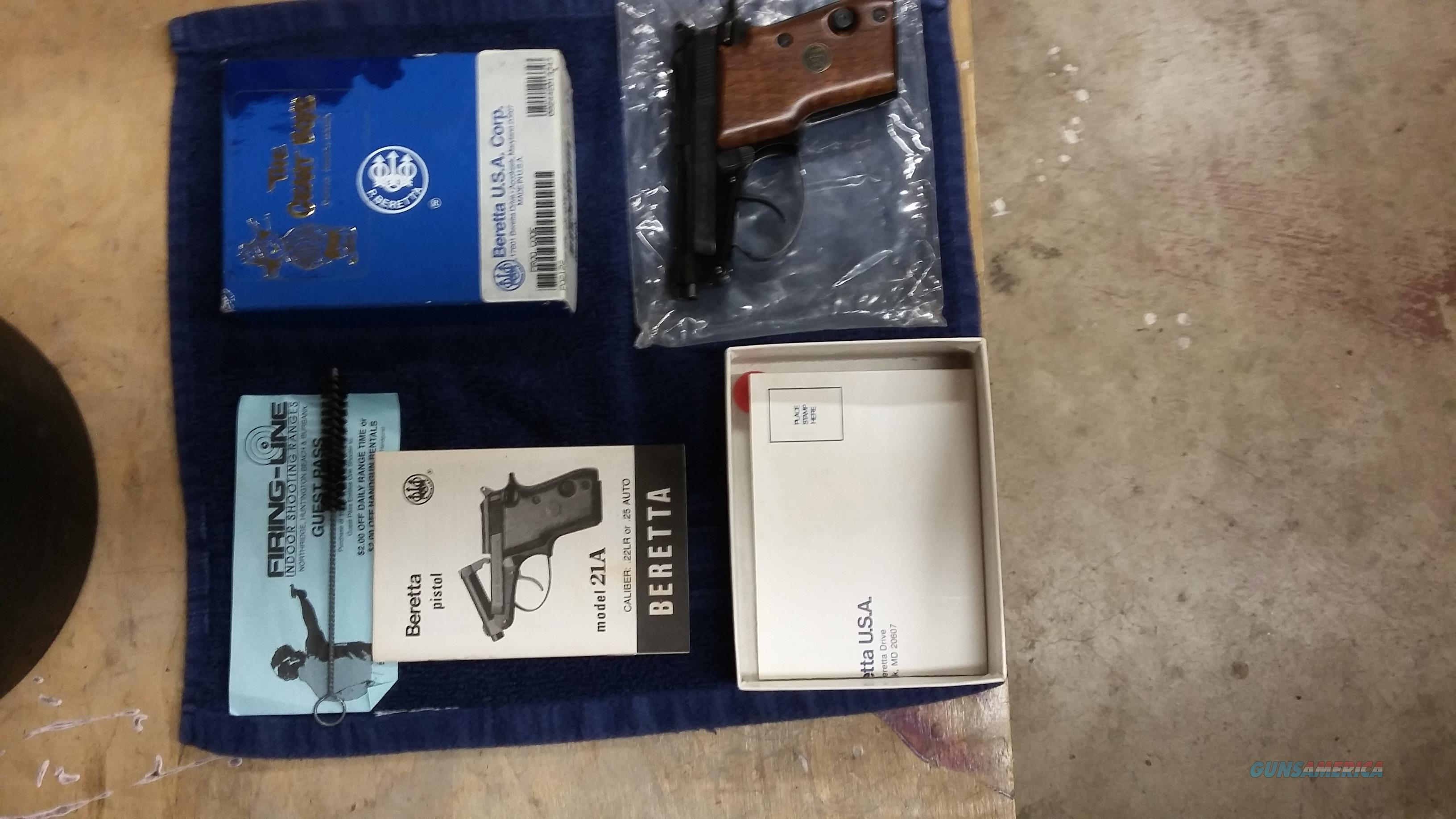 Beretta M21 .22 Cal LR WOOD   Guns > Pistols > Beretta Pistols > Small Caliber Tip Out