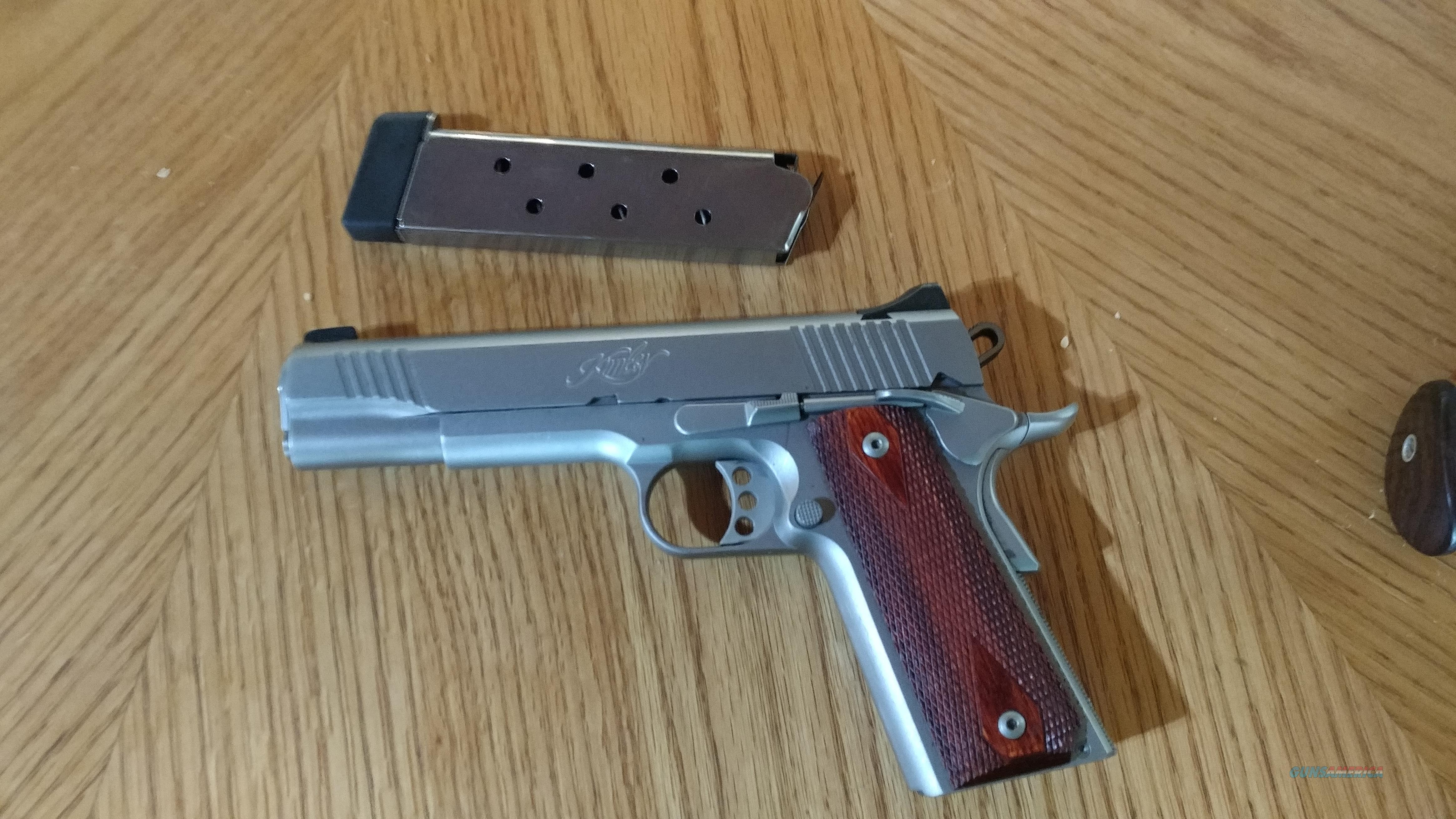 Pristine Kimber Custom II  Guns > Pistols > Kimber of America Pistols > 1911