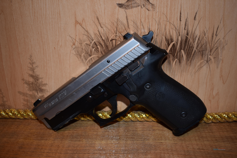Sig Sauer P229 Bi-Tone 40 S&W Night Sights E29R  Guns > Pistols > Sig - Sauer/Sigarms Pistols > P229