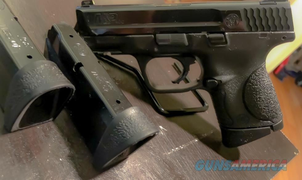 Smith&Wesson M&P 40C, .40 S&W  ---  EXCELLENT CONDITION!    Guns > Pistols > Smith & Wesson Pistols - Autos > Polymer Frame