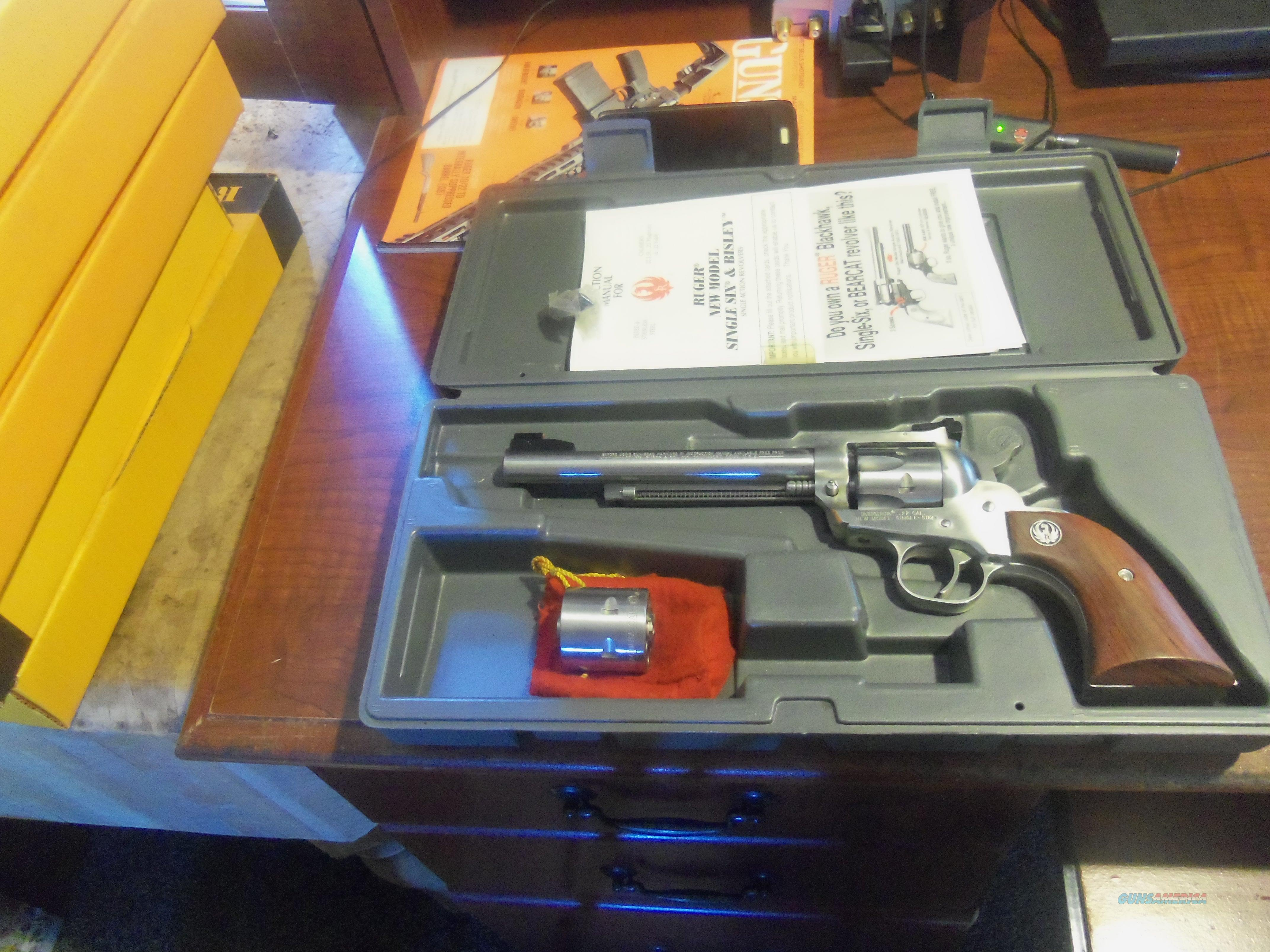 "NEW MODEL SINGLE SIX CONVERTABLE STAINLESS 6"" 22LR/22MAG  Guns > Pistols > Ruger Single Action Revolvers > Single Six Type"