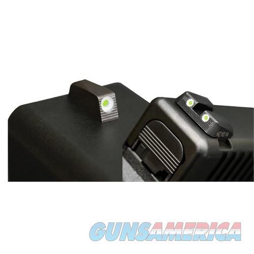 Hiviz Mpn121 Tritium Nitesight Set S&W M&P Full/Cmpct (Not M&P22) Green W/White MPN121  Non-Guns > Iron/Metal/Peep Sights