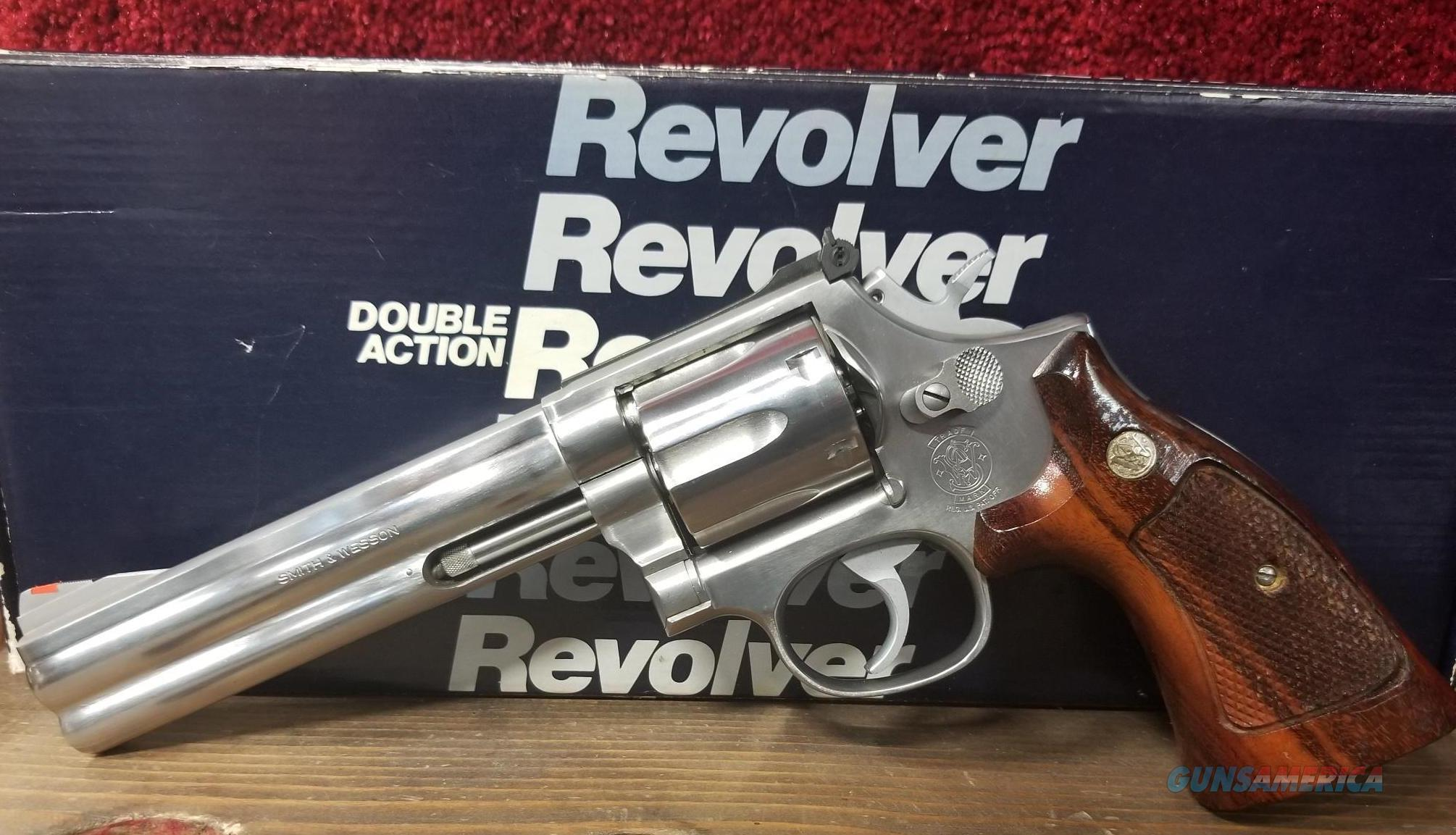GENTLY USED SMITH & WESSON 686 NO DASH ORIGINAL BOX FREE SHIPPING NO CC FEE  Guns > Pistols > Smith & Wesson Revolvers > Med. Frame ( K/L )