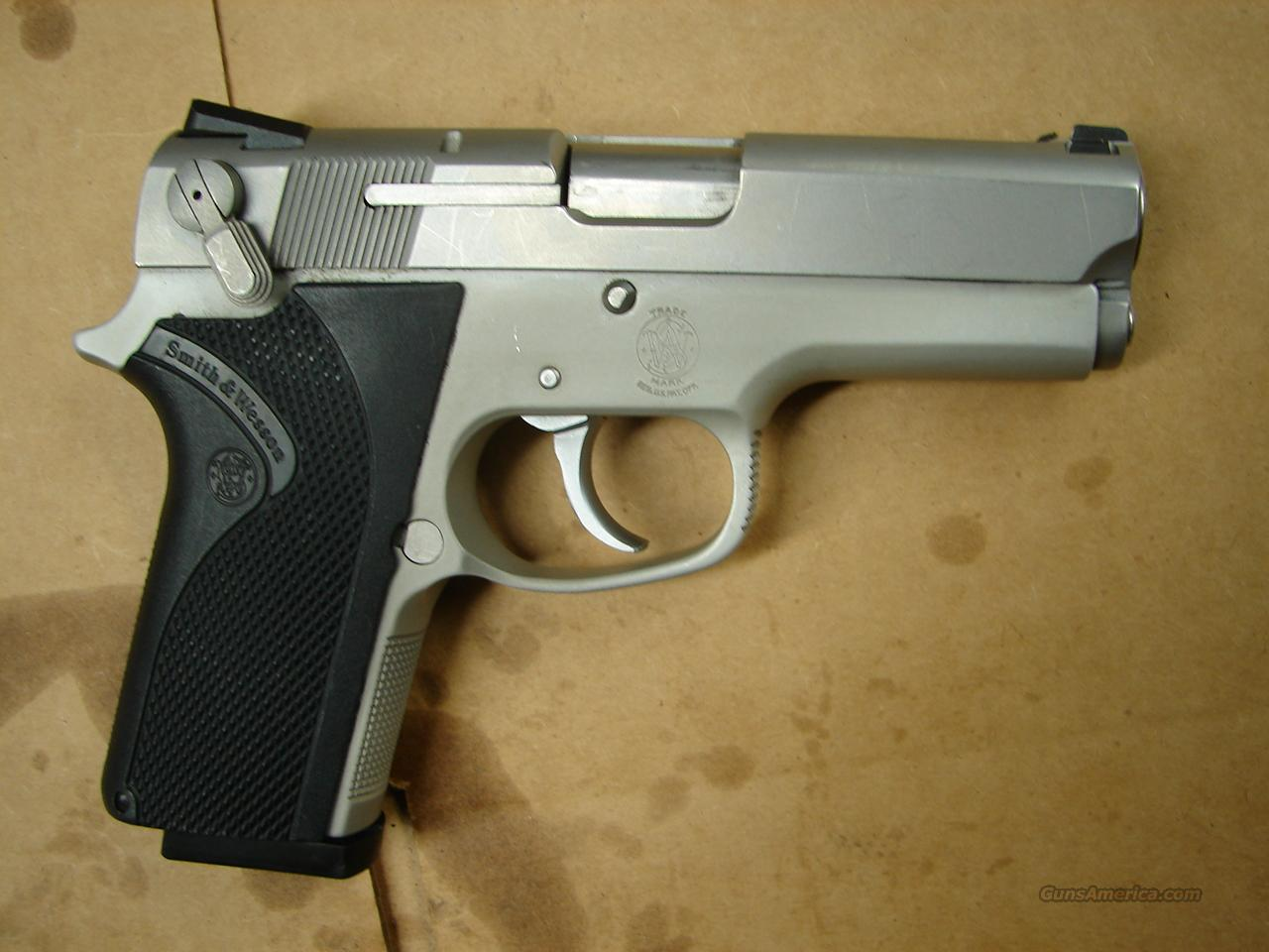 Smith and Wesson Model 3913  Guns > Pistols > Smith & Wesson Pistols - Autos > Alloy Frame