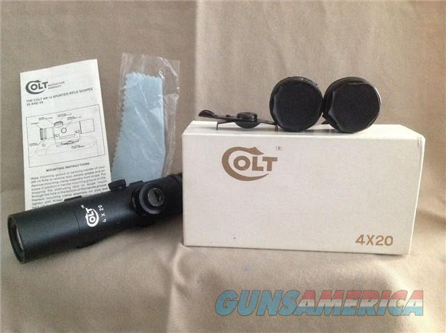 Colt 4x20 Handle Scope with Box Cover & Manual  Non-Guns > Scopes/Mounts/Rings & Optics > Rifle Scopes > Variable Focal Length