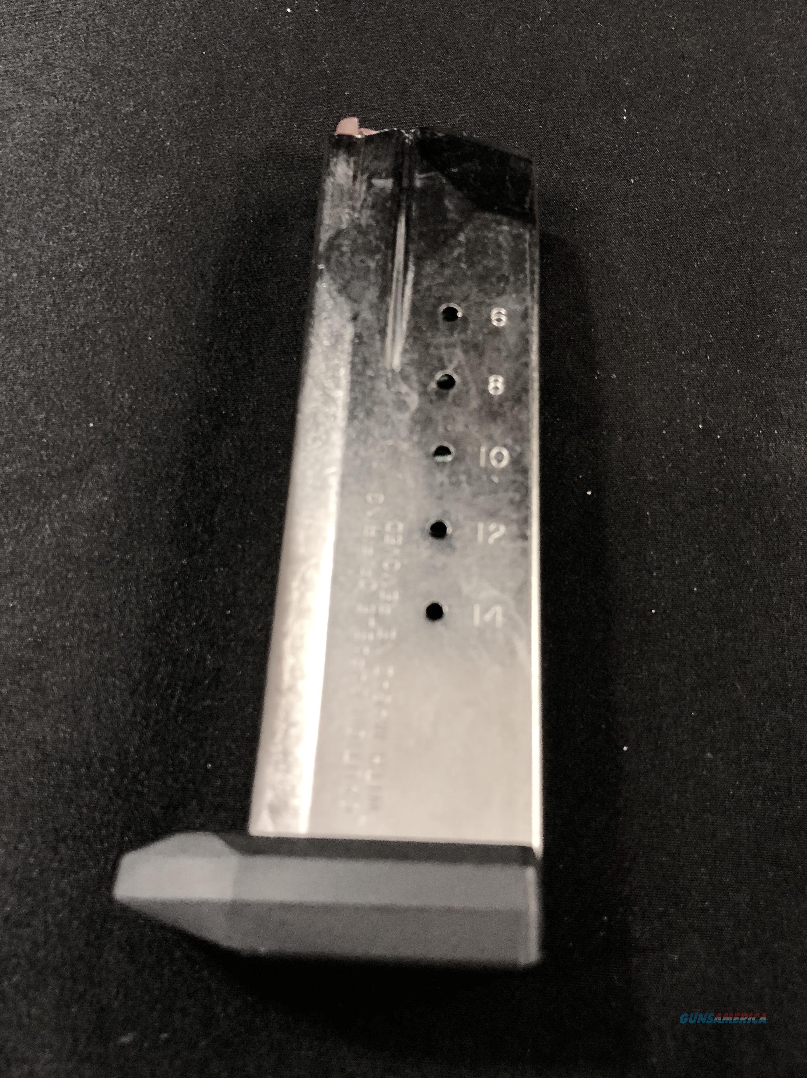 Smith & Wesson SW40F 15 Round Magazine Clip USED  Non-Guns > Magazines & Clips > Pistol Magazines > Smith & Wesson