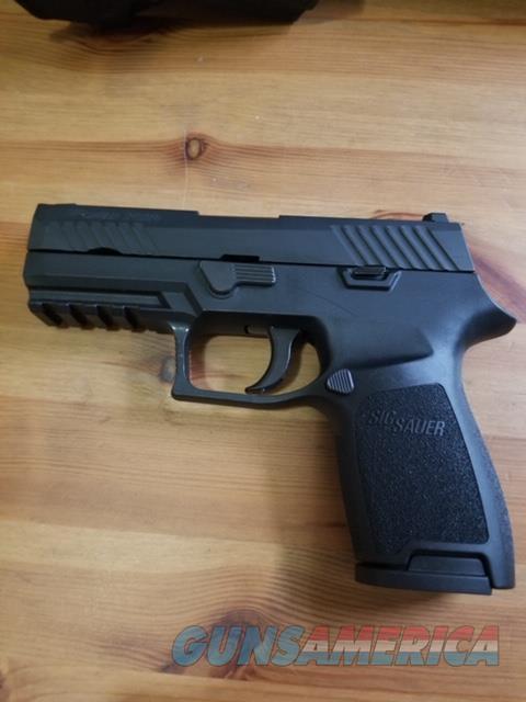 Sig Sauer P320 Carry w/Kydex Holster   Guns > Pistols > Sig - Sauer/Sigarms Pistols > P320
