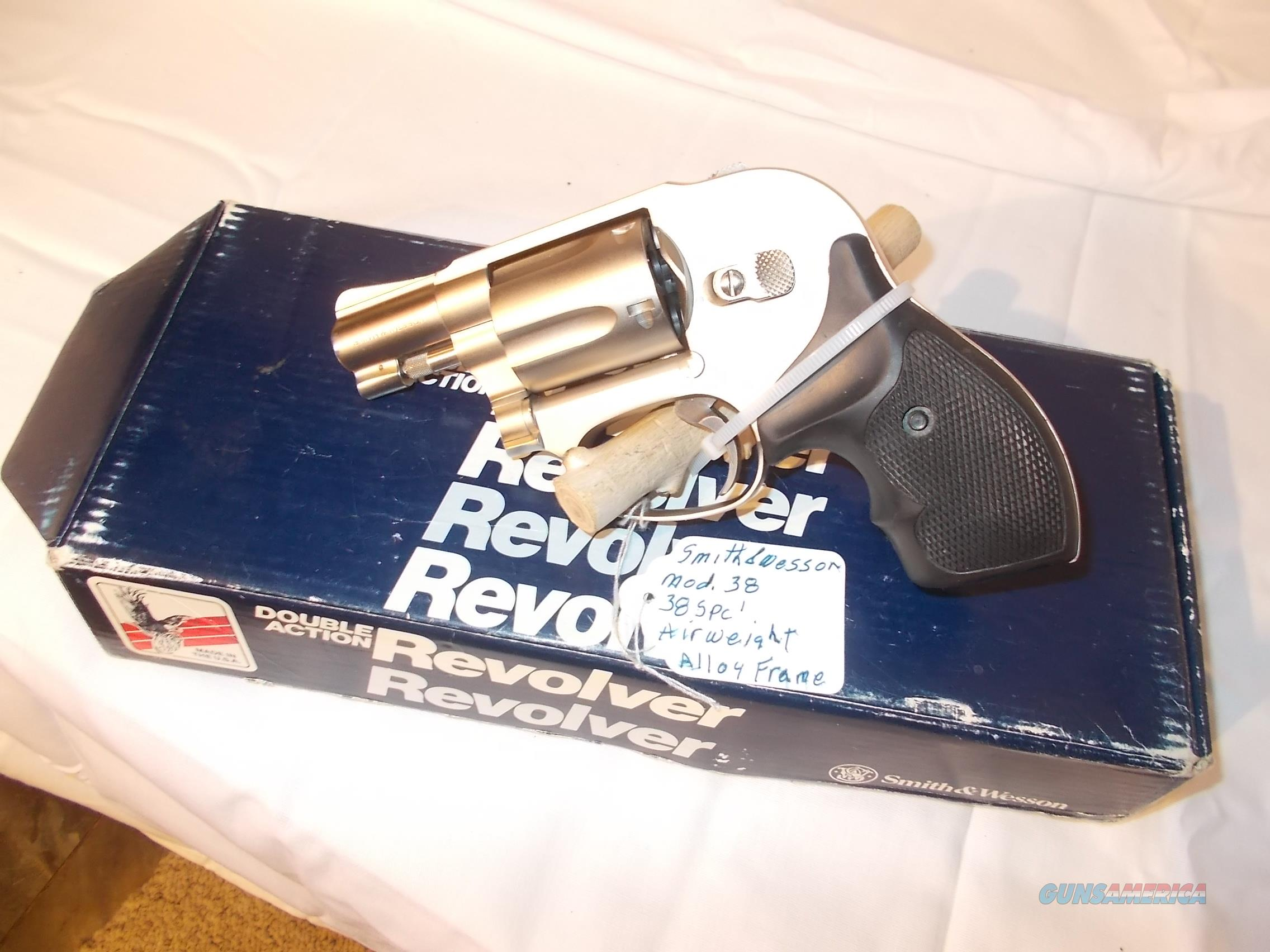 smith&wessom 38-2 airweight hammerless 38 spcl  Guns > Pistols > Smith & Wesson Revolvers > Small Frame ( J )