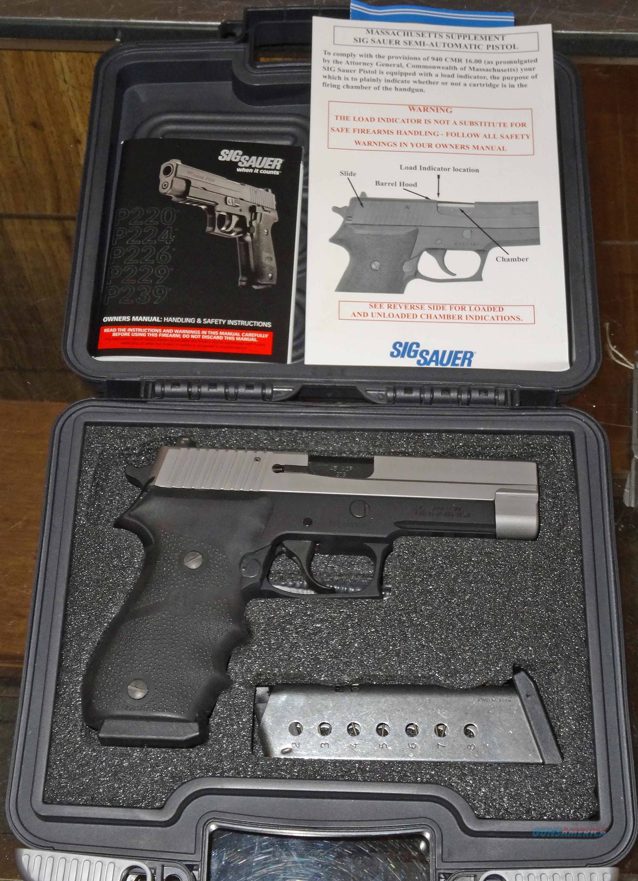 SIG SAUER P220  Guns > Pistols > Sig - Sauer/Sigarms Pistols > P220