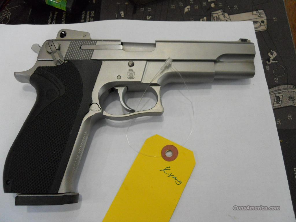 S&W 4506 Stainless-45ACP  Guns > Pistols > Smith & Wesson Pistols - Autos > Steel Frame