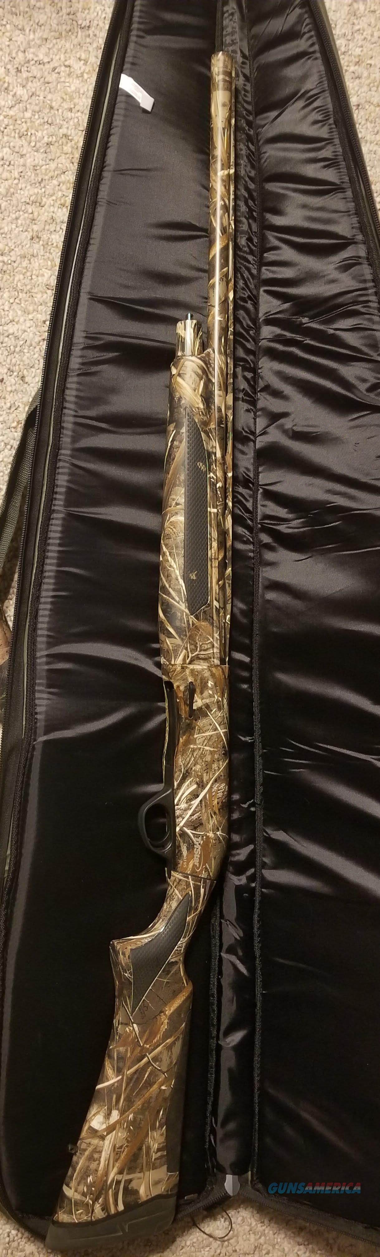 (Reduced Price) TRISTAR VIPER MAX SEMI AUTO SHOTGUN 12 GAUGE 26-INCH BARREL 3.5-INCH CHAMBER SYNTHETIC STOCK REALTREE MAX-5  Guns > Shotguns > Tristar Shotguns