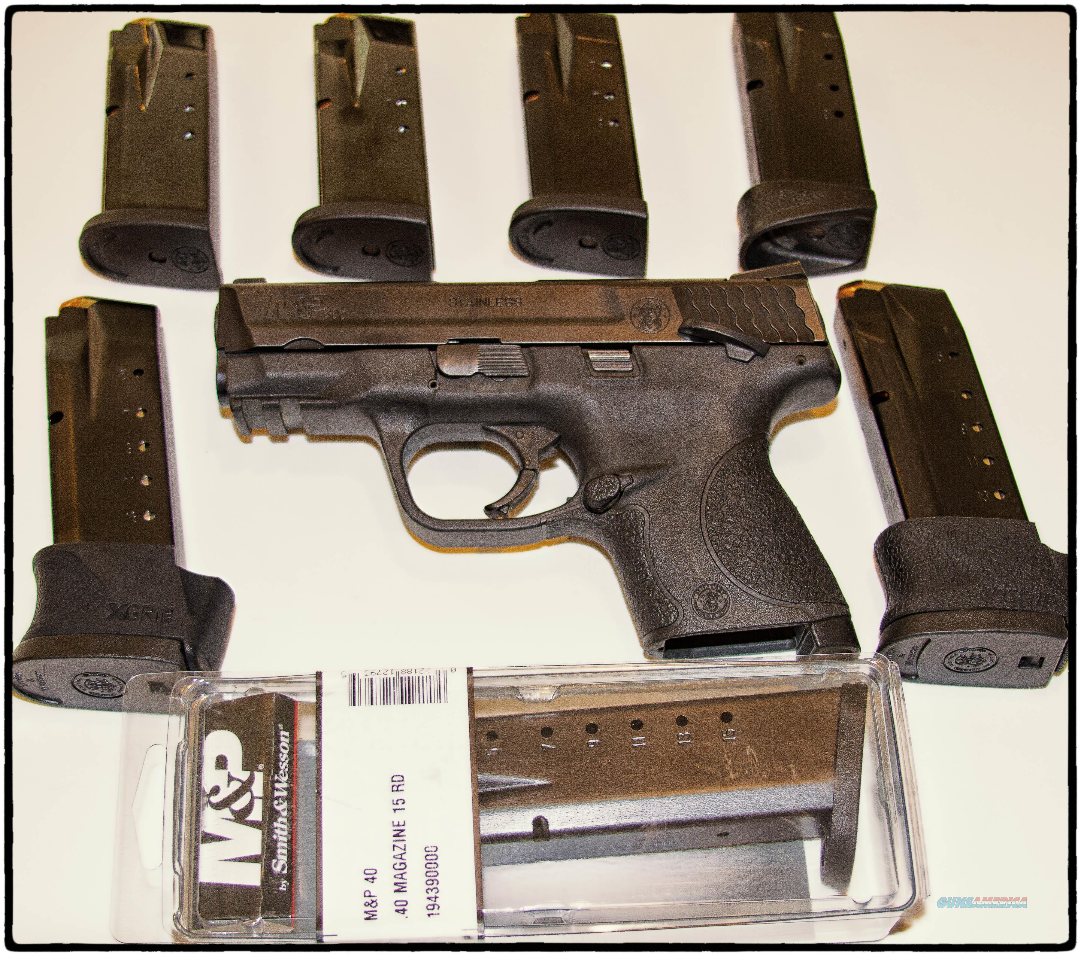 M&P 40C Package  Guns > Pistols > Smith & Wesson Pistols - Autos > Polymer Frame