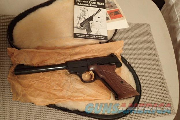 """Browning Belgium Challenger 22LR 6 3/4""""bbl Mint with Zipper Case & Manual  Guns > Pistols > Browning Pistols > Other Autos"""
