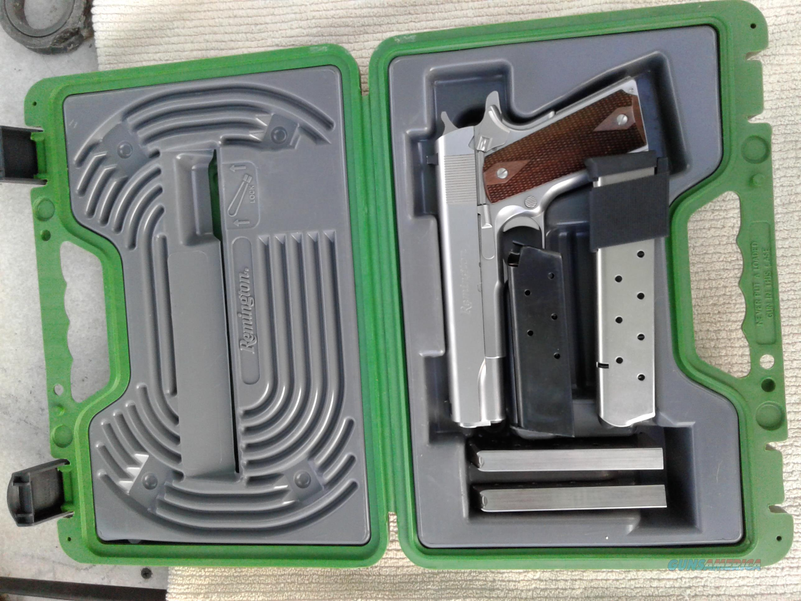 Remington 1911 RS1 .45 Carrying Case, Leather Holster, 4 clips  Guns > Pistols > Sig - Sauer/Sigarms Pistols > P250