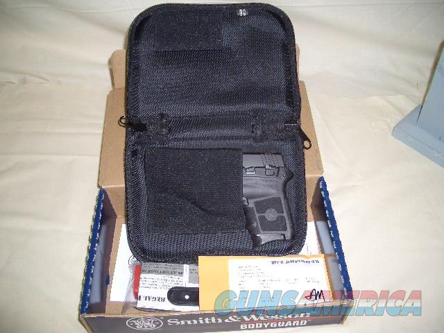 SMITH AND WESSON BG 380 WITH LASER  Guns > Pistols > Smith & Wesson Pistols - Autos > Polymer Frame