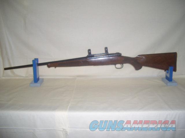 WINCHESTER MODEL 70 XTR FEATHER WEIGHT IN 270  Guns > Rifles > Winchester Rifles - Modern Bolt/Auto/Single > Model 70 > Post-64