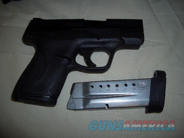 SMITH AND WESSON 9 SHIELD IN 9MM  Guns > Pistols > Smith & Wesson Pistols - Autos > Shield