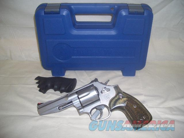 SMITH AND WESSON 686-6 PRO SERIES STAINLESS IN 357 MAG.  Guns > Pistols > Smith & Wesson Revolvers > Full Frame Revolver