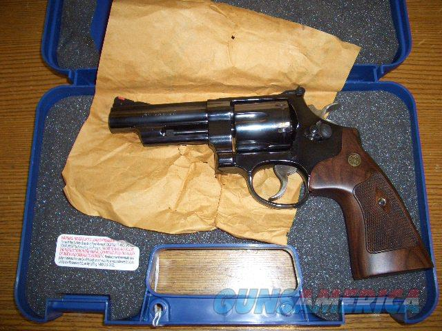 SMITH AND WESSON 29-10 IN 44 MAGNUM  Guns > Pistols > Smith & Wesson Revolvers > Full Frame Revolver