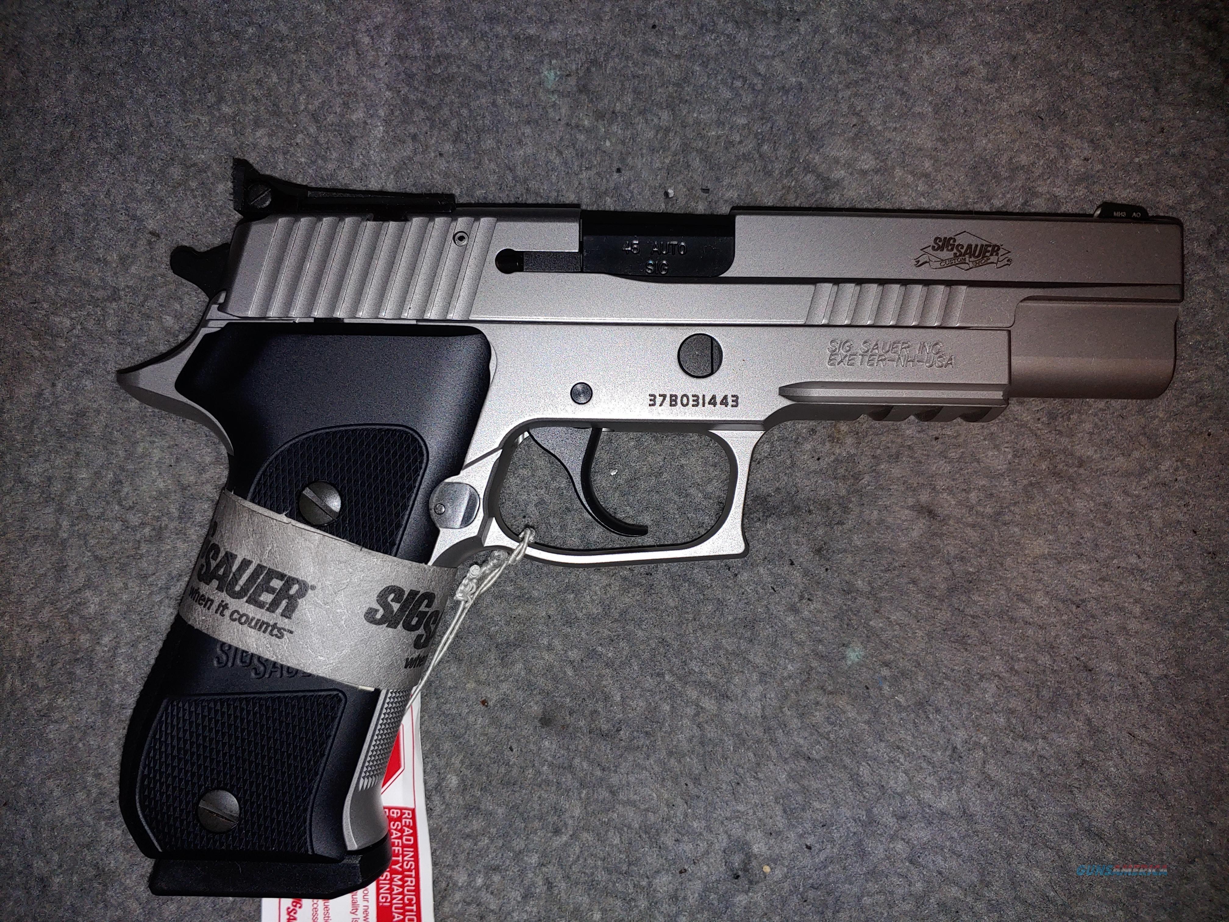 Sig P220 custom  Guns > Pistols > Sig - Sauer/Sigarms Pistols > P220