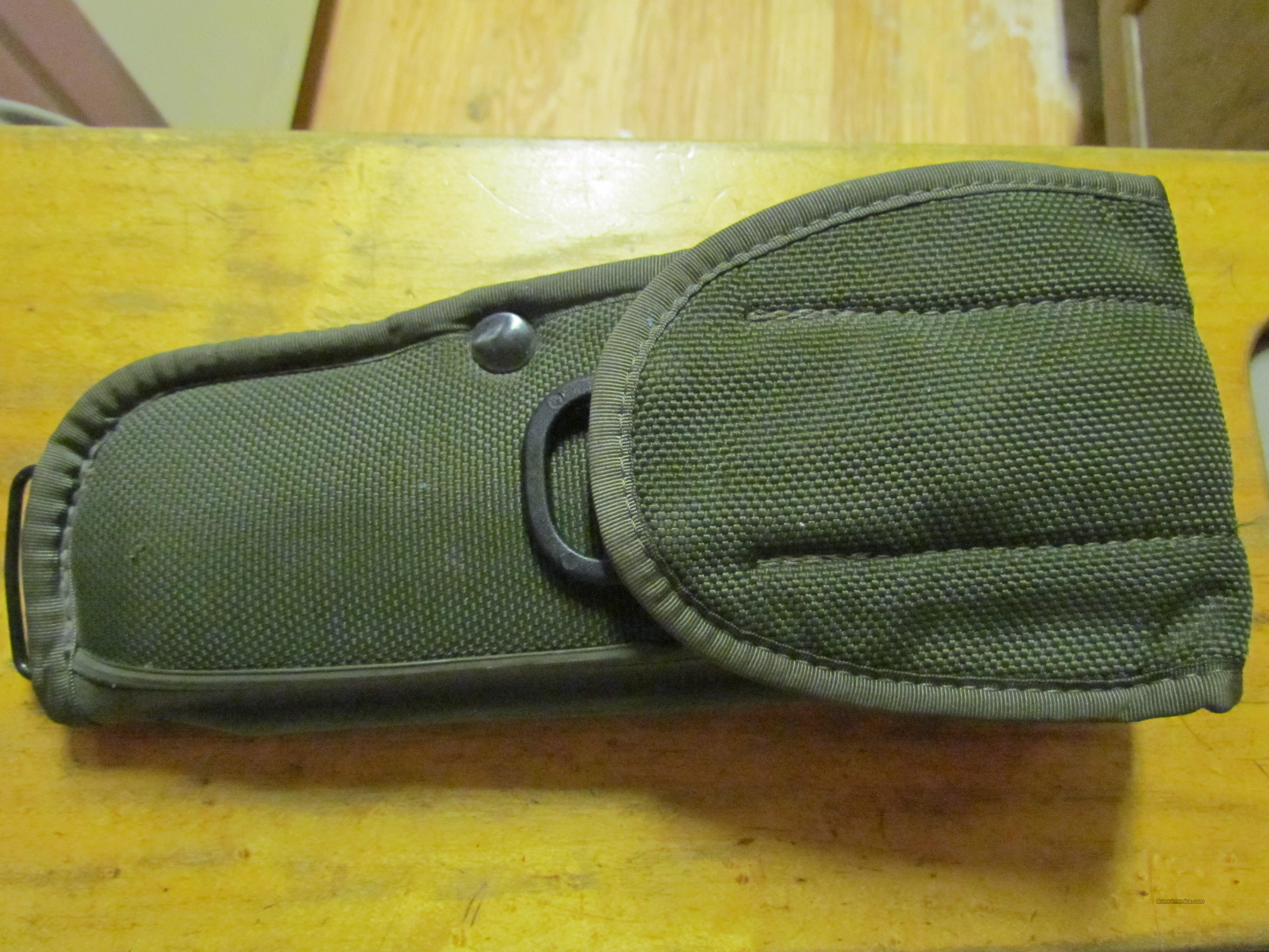 Bianchi International UM 84 Holster  Non-Guns > Holsters and Gunleather > Military