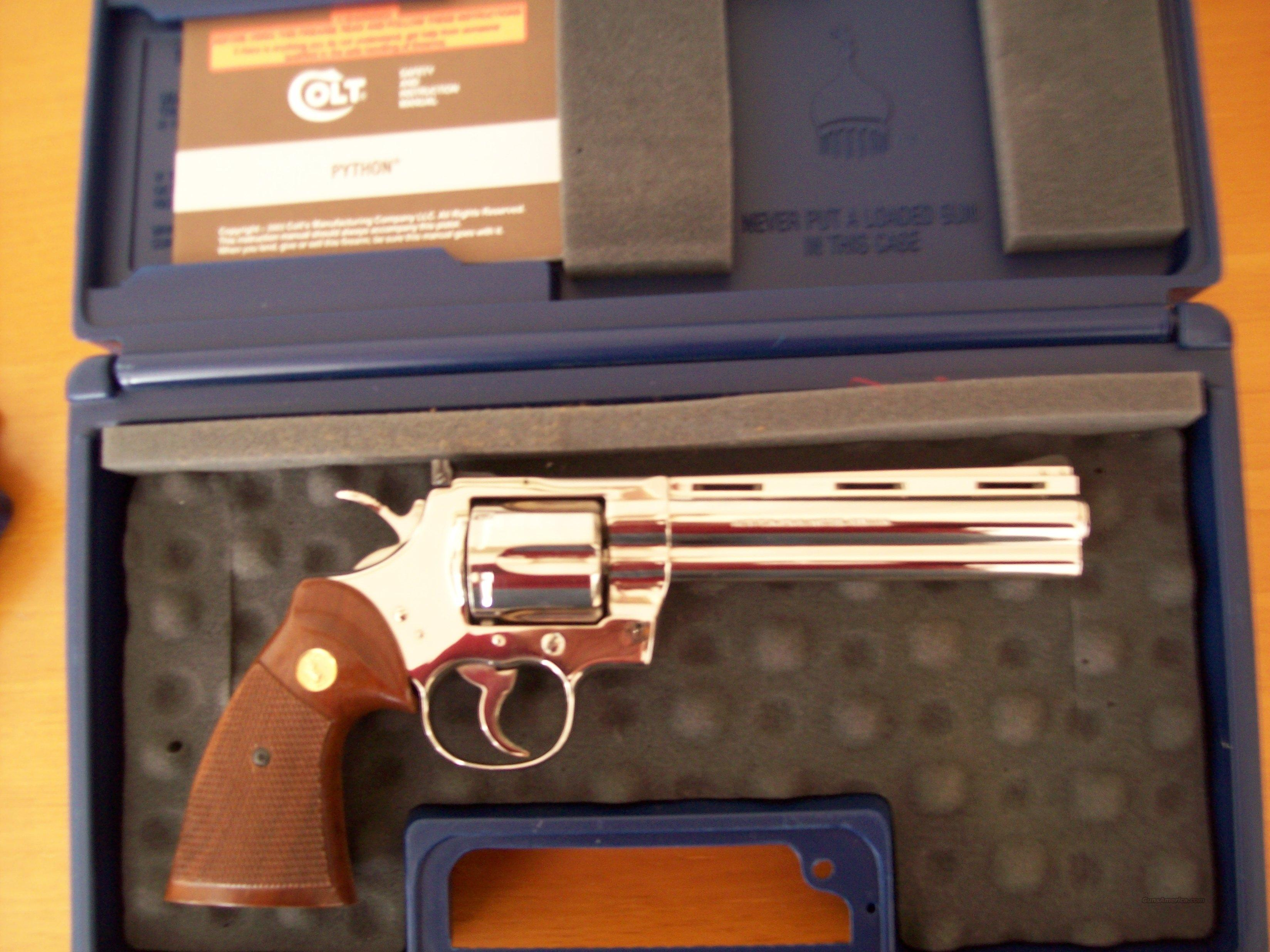 COLT PYTHON BRIGHT NICKEL 61N. 357 MAG LIKE NEW IN COLT BOX W/MANUAL  Guns > Pistols > Colt Double Action Revolvers- Modern