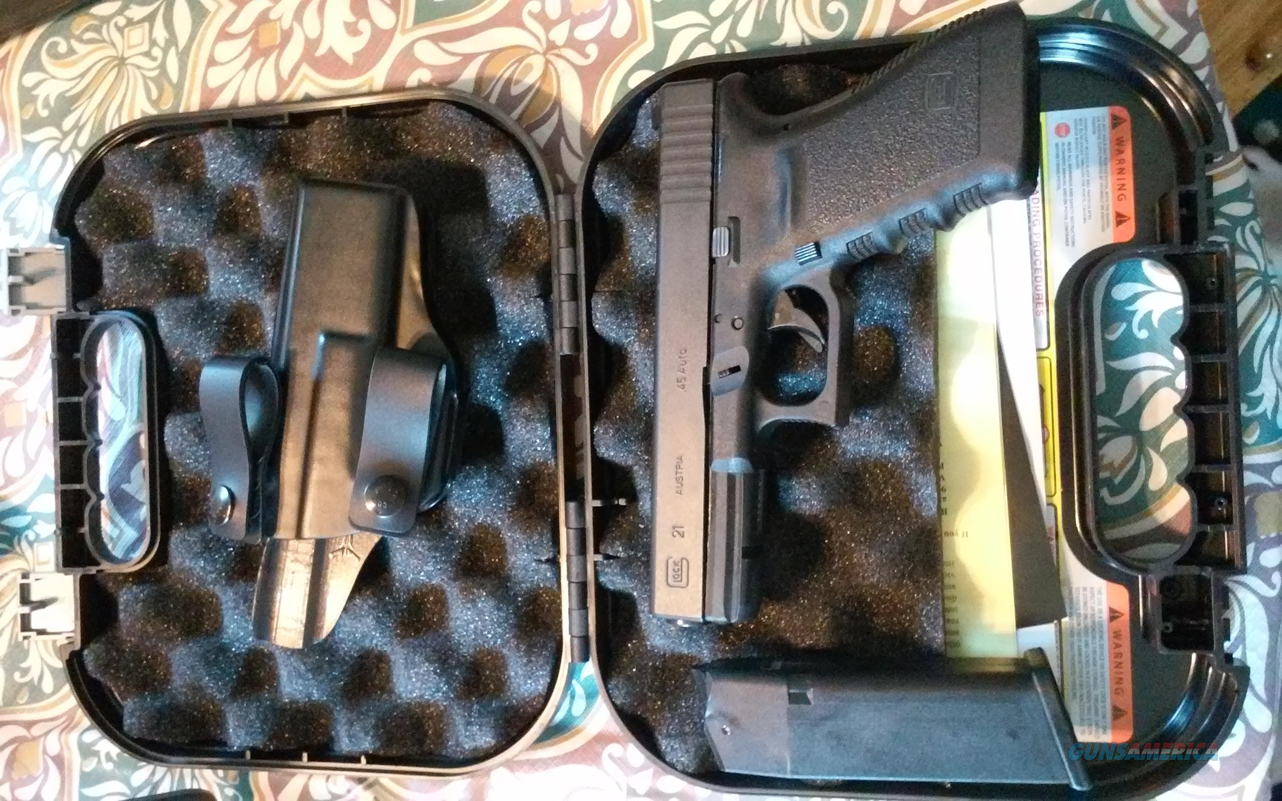 Glock 21 with Trijicon Steel Night Sights and Bladetech Nano IWB holster   Guns > Pistols > Glock Pistols > 20/21