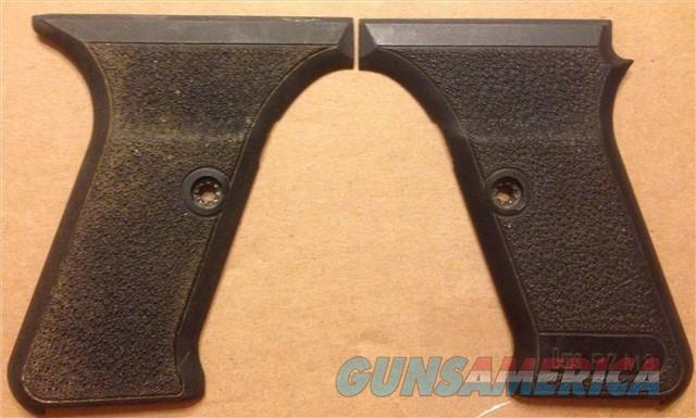 HECKLER & KOCH HK P7M8 Pistol Black Factory Grips  Non-Guns > Gun Parts > Grips > Other
