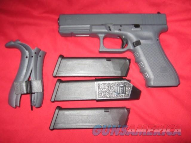 Glock 17 Gen 4 All Grey  Guns > Pistols > Glock Pistols > 17