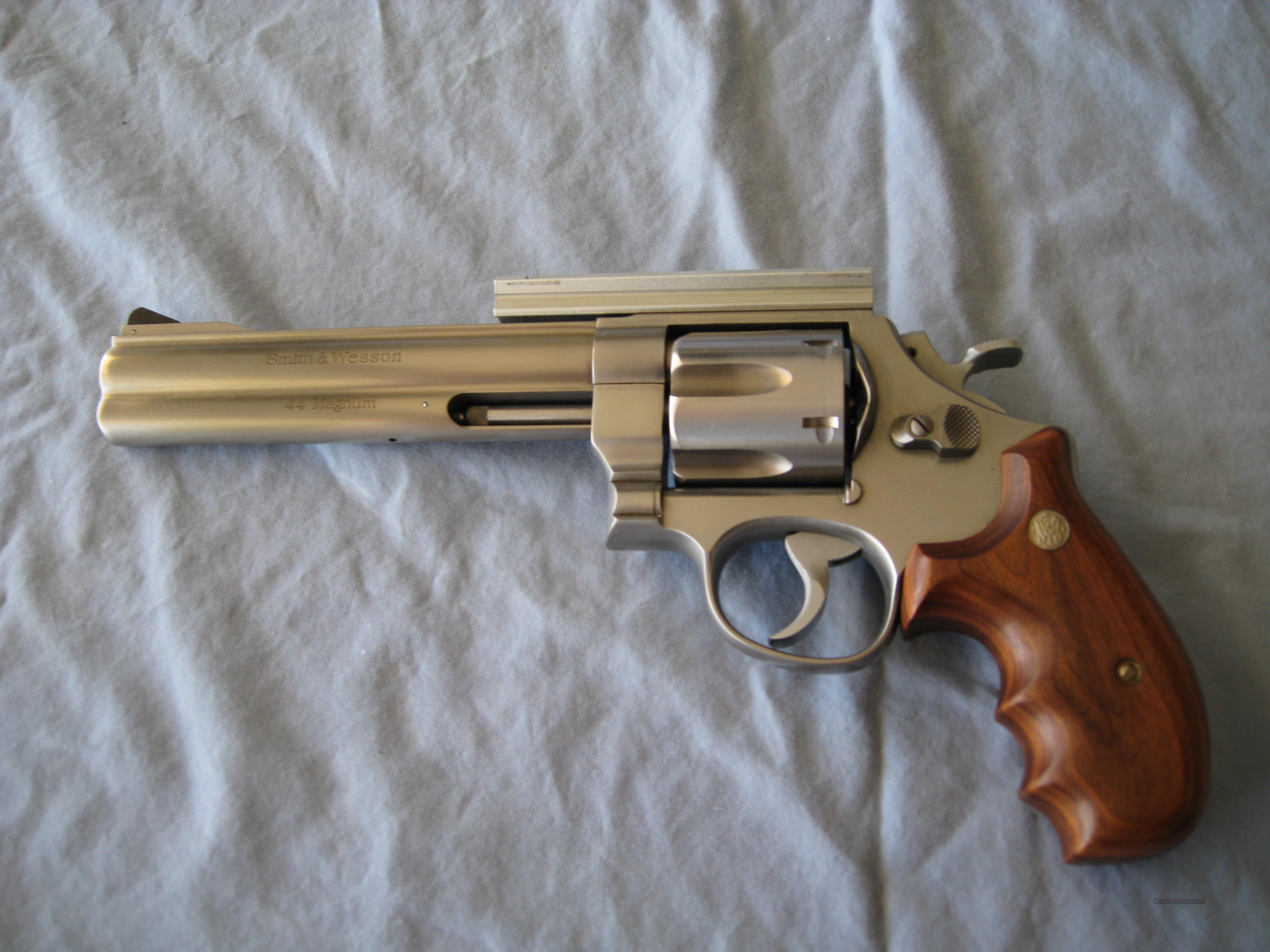 S&W 629 Classic DX .44 Mag  Guns > Pistols > Smith & Wesson Revolvers > Model 629