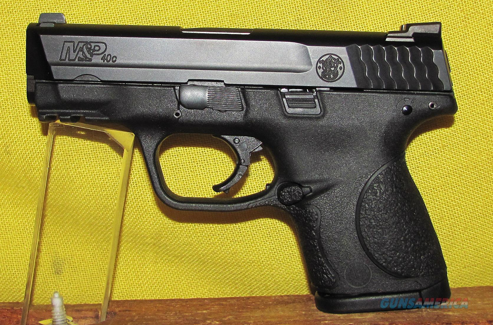 S&W M&P 40C  Guns > Pistols > Smith & Wesson Pistols - Autos > Polymer Frame