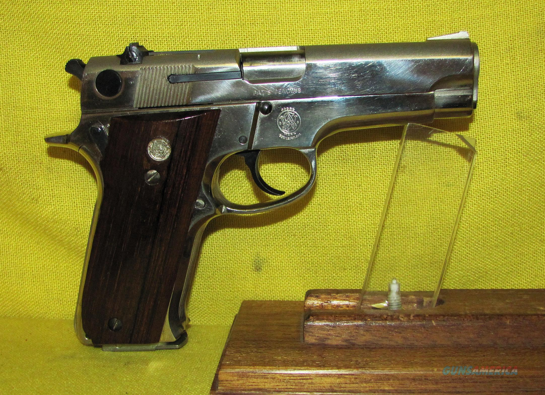 S&W 59  Guns > Pistols > Smith & Wesson Pistols - Autos > Alloy Frame