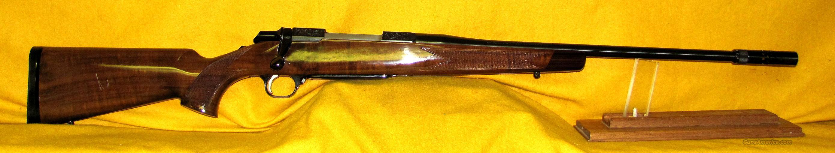 BROWNING MEDALLION  Guns > Rifles > Browning Rifles > Bolt Action > Hunting > Blue