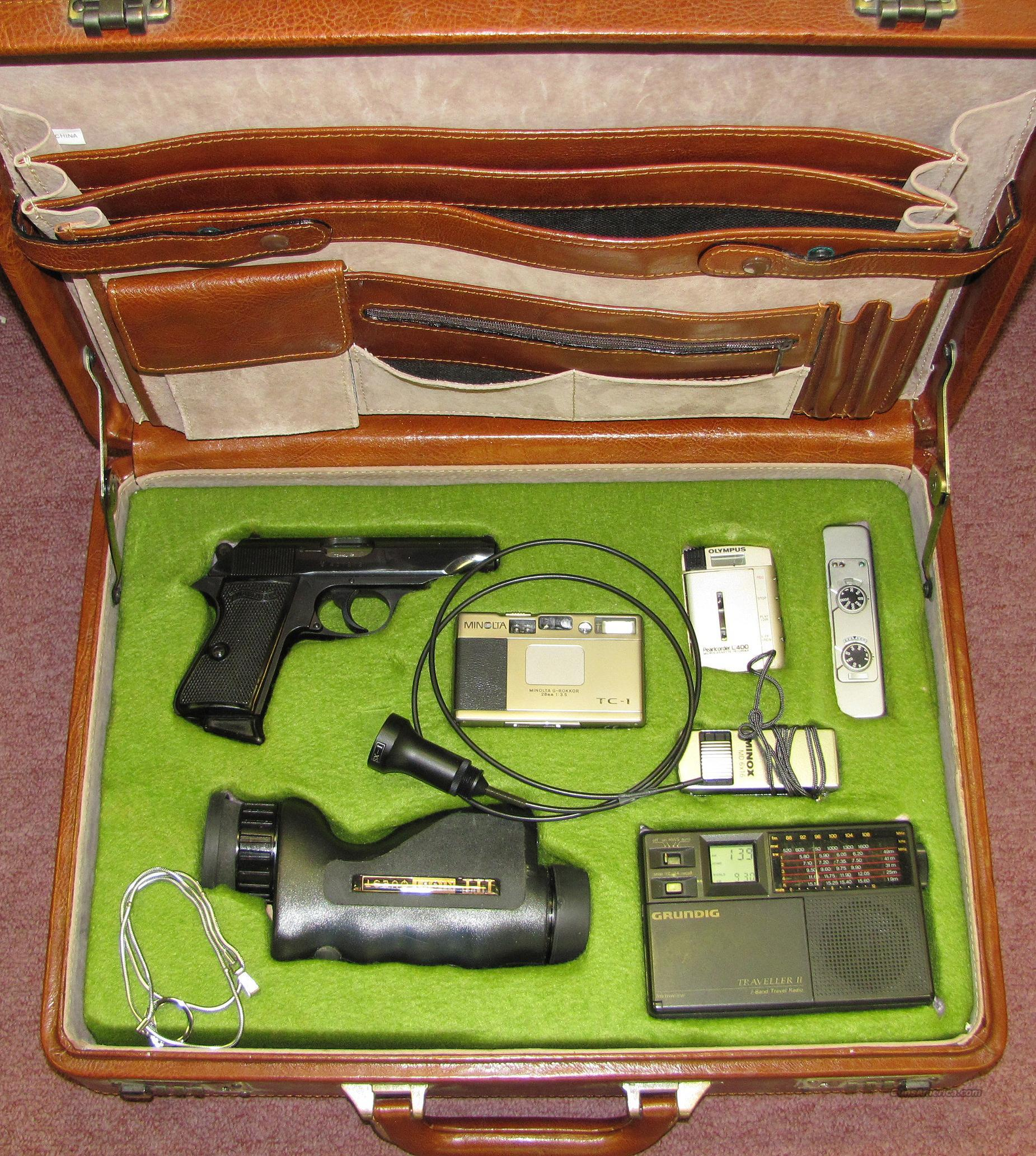 WALTHER PP IN JAMES BOND TYPE FITTED CASE  Guns > Pistols > Walther Pistols > Post WWII > PPK Series