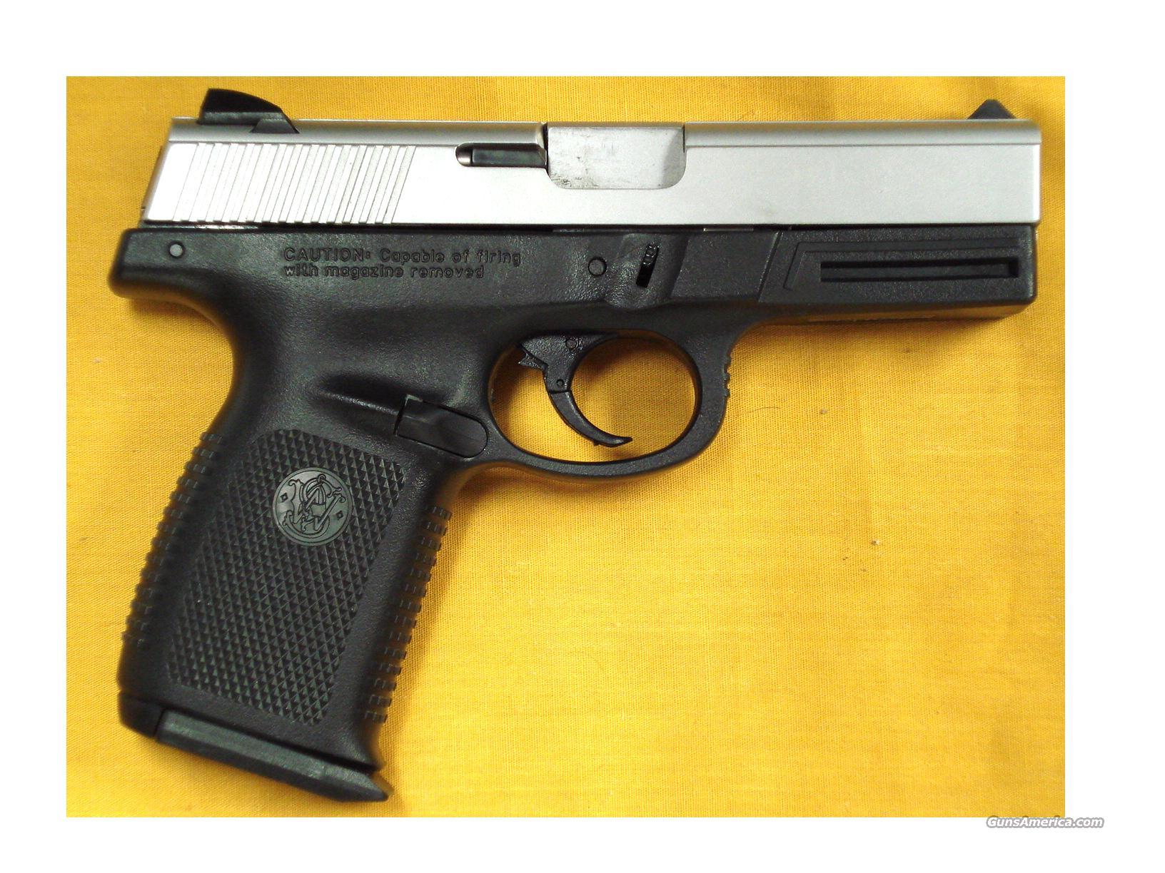 "S&W SW40VE .40S&W 4"" BARREL  Guns > Pistols > Smith & Wesson Pistols - Autos > Polymer Frame"
