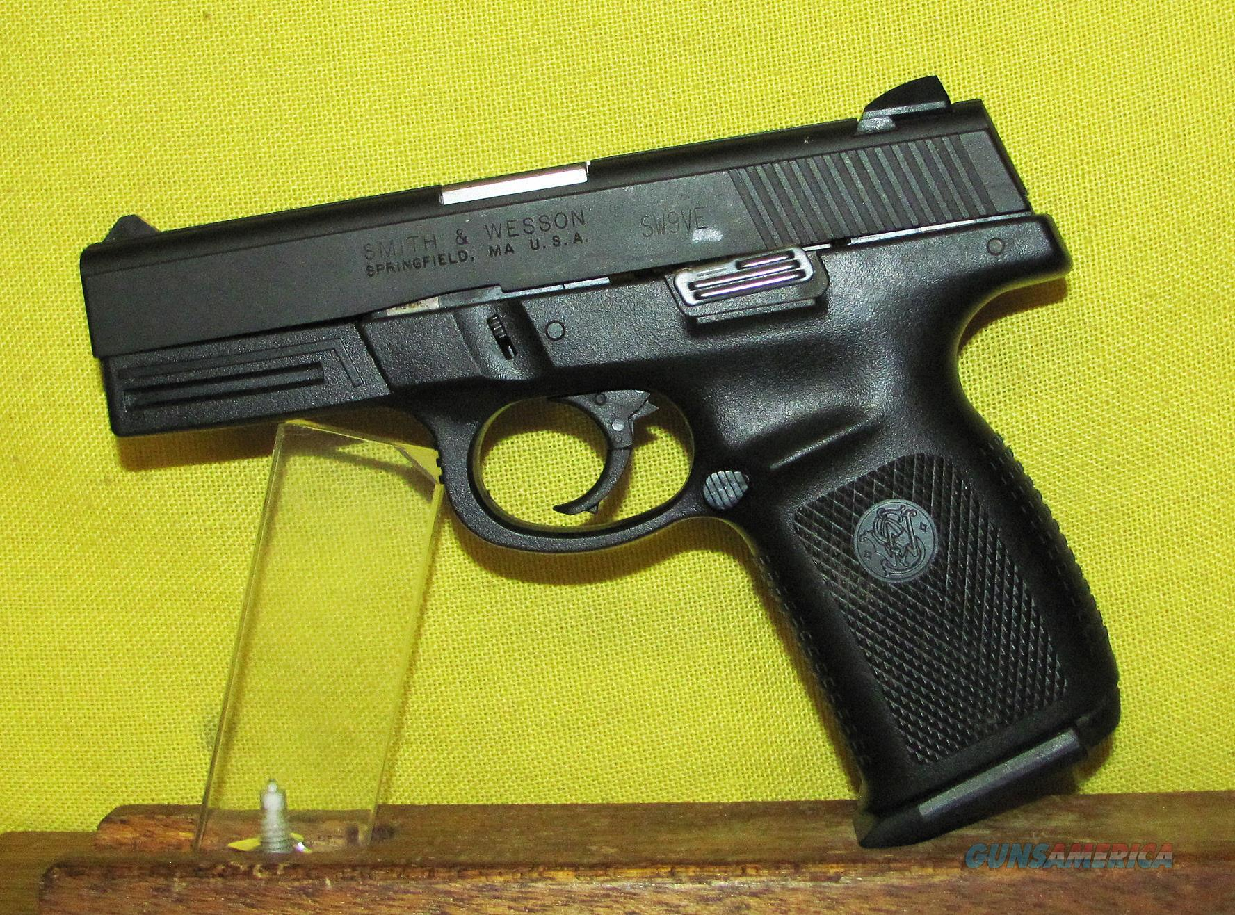 S&W SIGMA  Guns > Pistols > Smith & Wesson Pistols - Autos > Polymer Frame