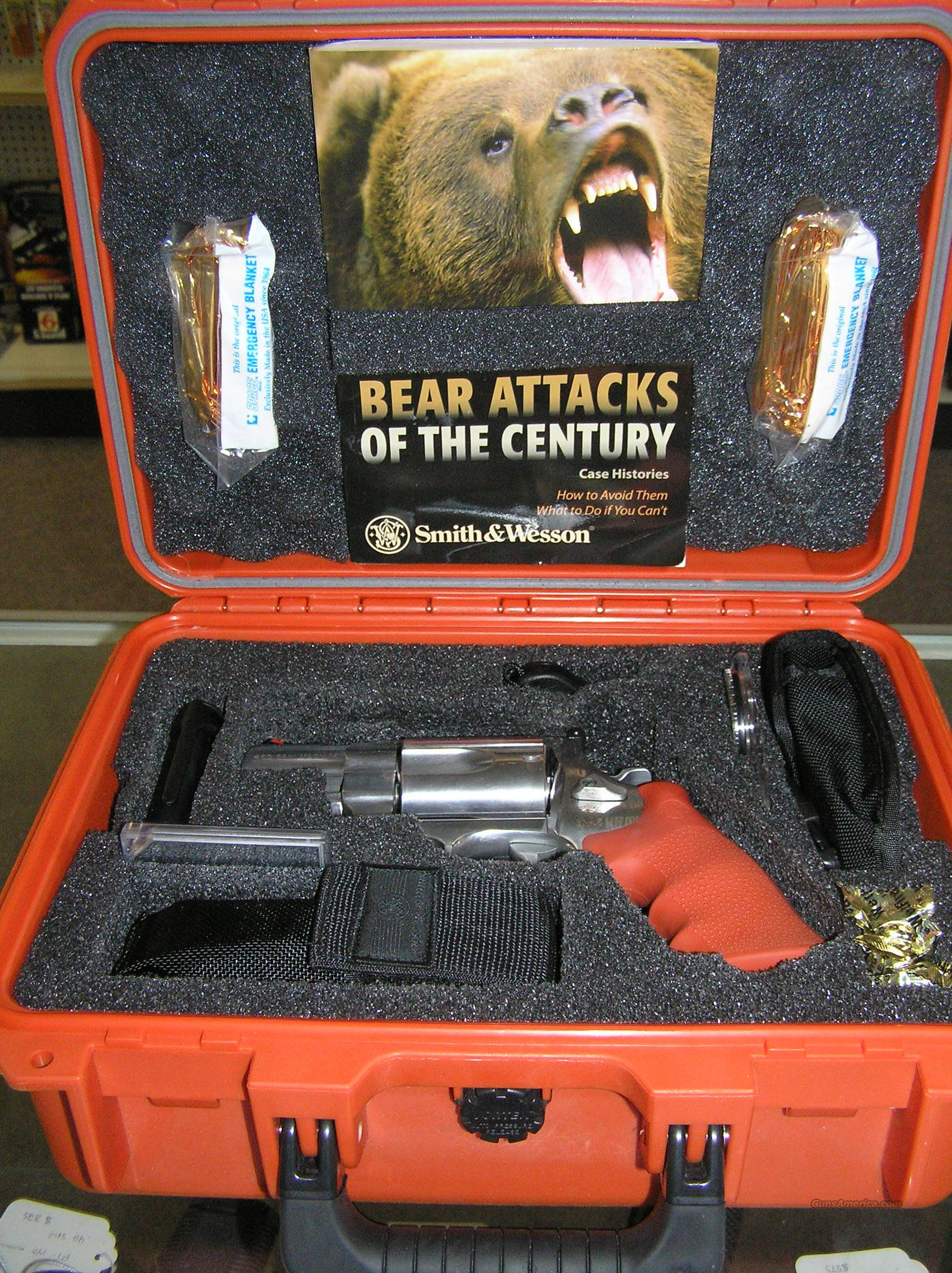 Smith and Wesson 460 Survival Kit  Guns > Pistols > Smith & Wesson Revolvers > Full Frame Revolver