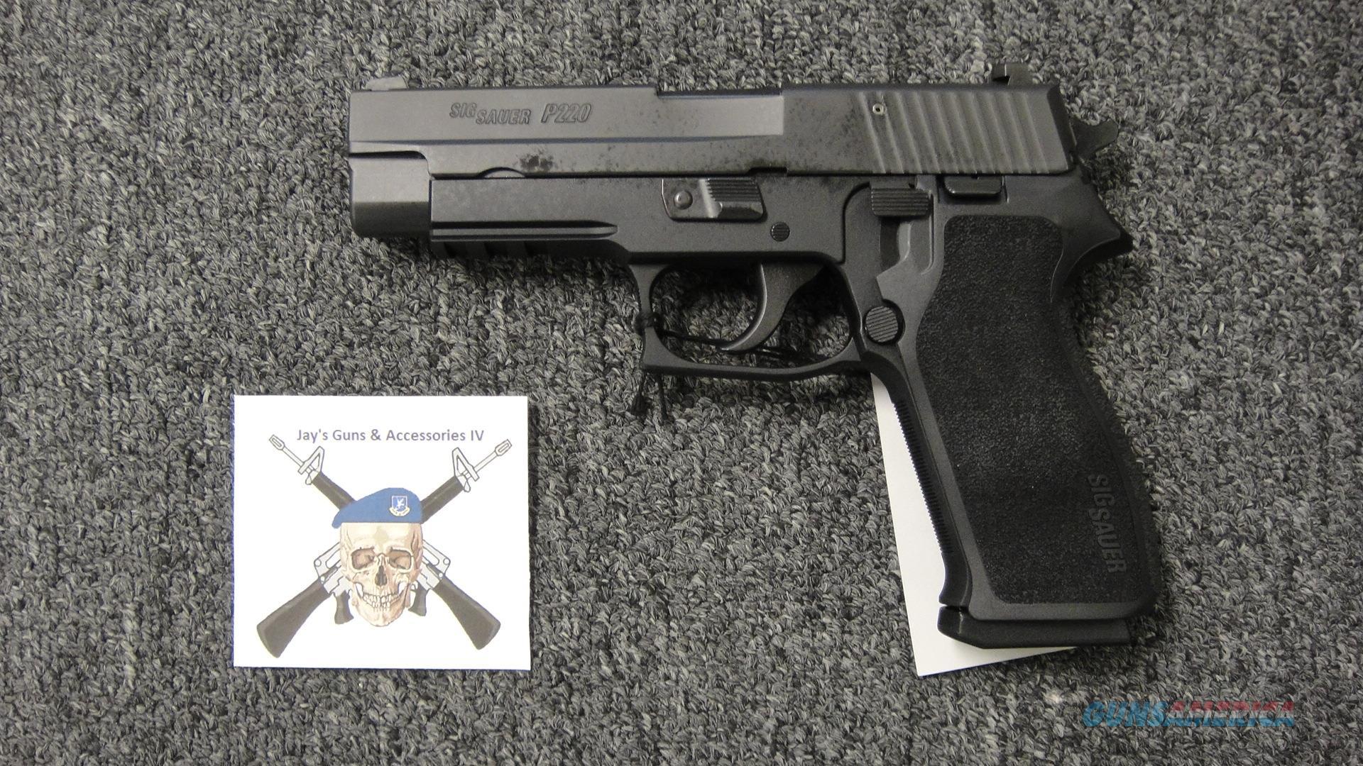 Sig Sauer P220 .45ACP  Guns > Pistols > Sig - Sauer/Sigarms Pistols > P220