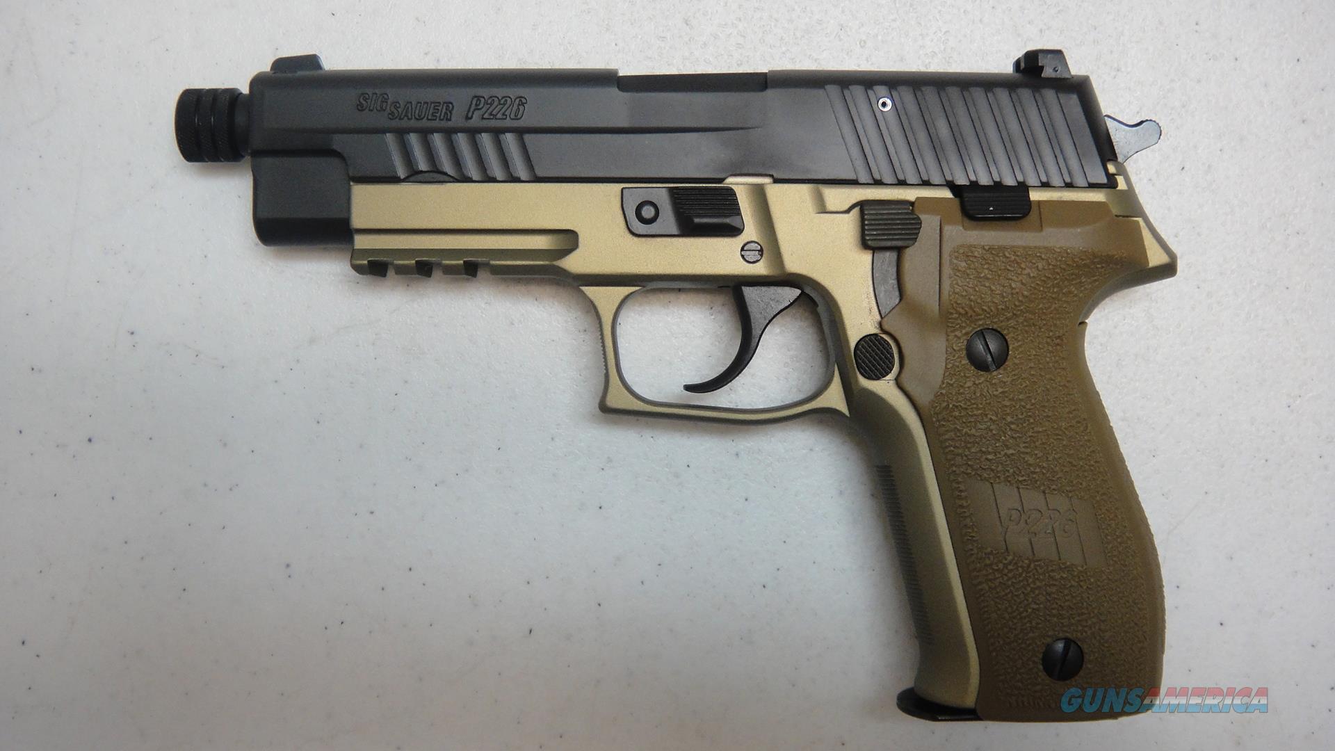 Sig Sauer P226 Combat w/ nights sights  Guns > Pistols > Sig - Sauer/Sigarms Pistols > P226