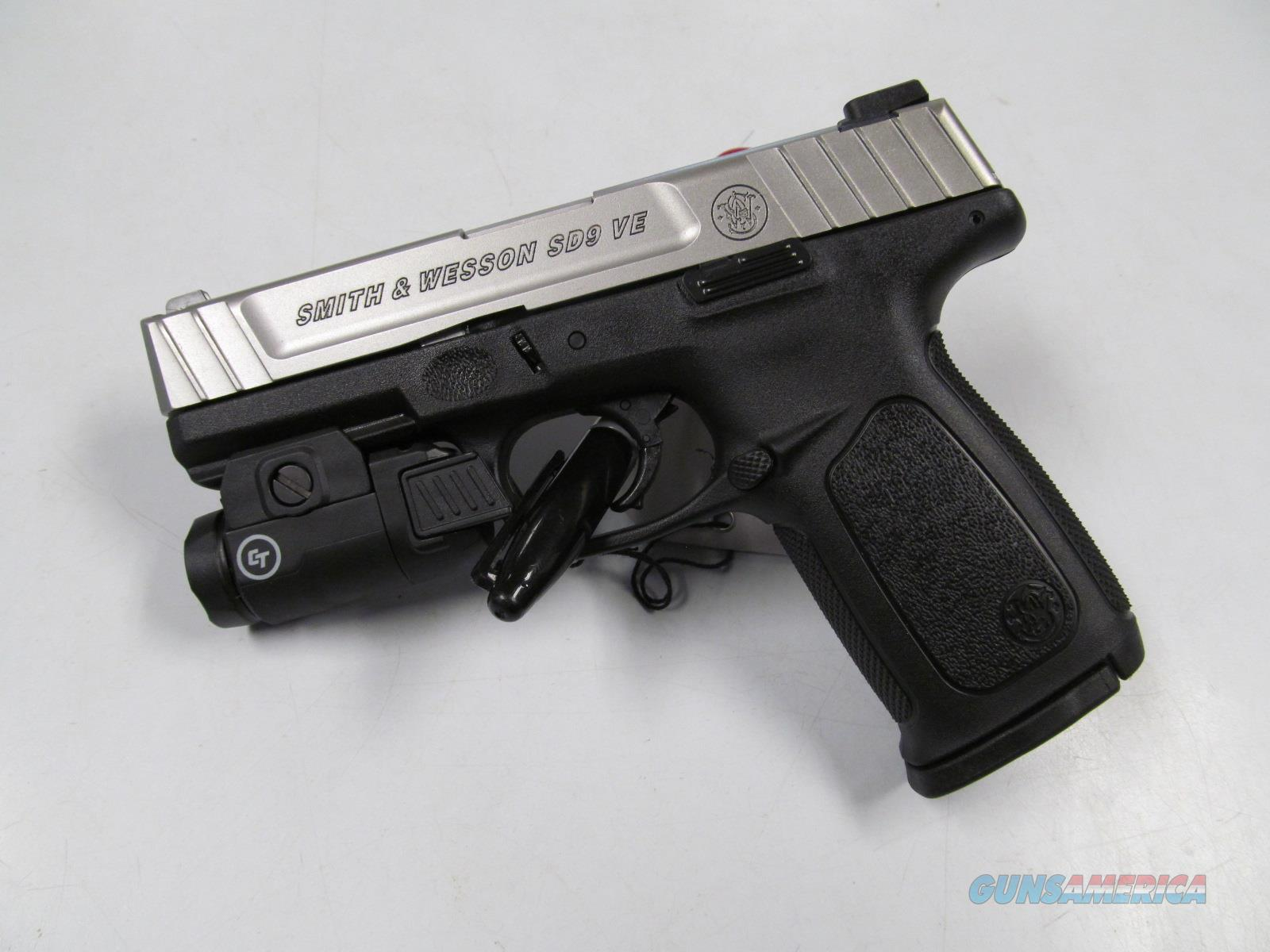 Smith & Wesson SD9VE (13050) w/Light  Guns > Pistols > Smith & Wesson Pistols - Autos > Polymer Frame