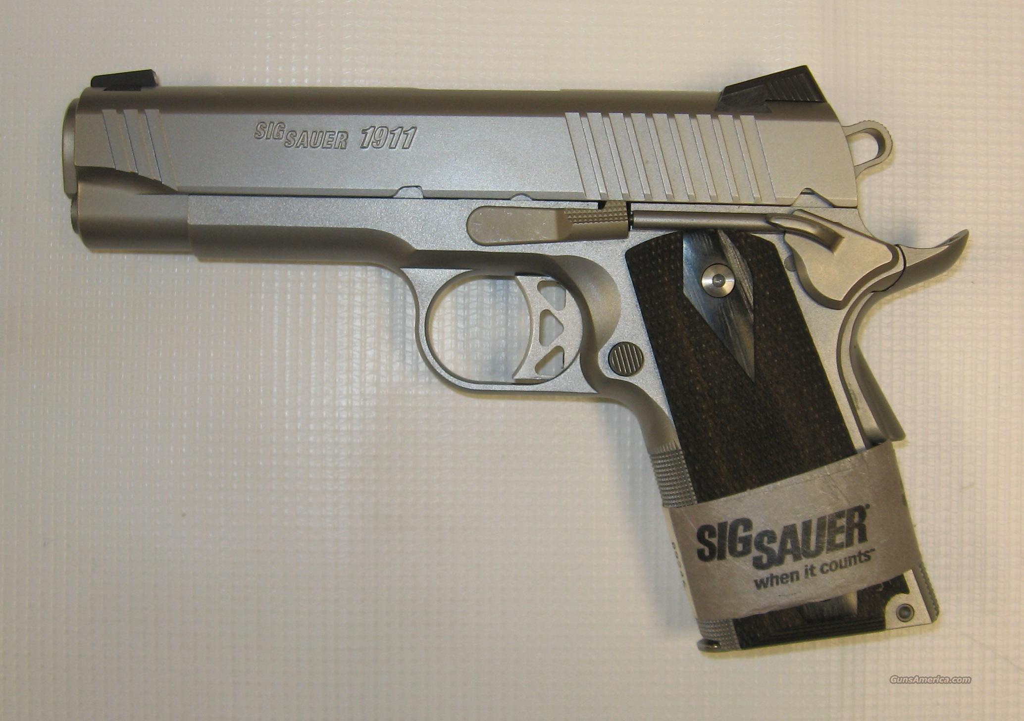 Sig Sauer 1911 Traditional Compact W/ Nightsights  Guns > Pistols > Sig - Sauer/Sigarms Pistols > 1911