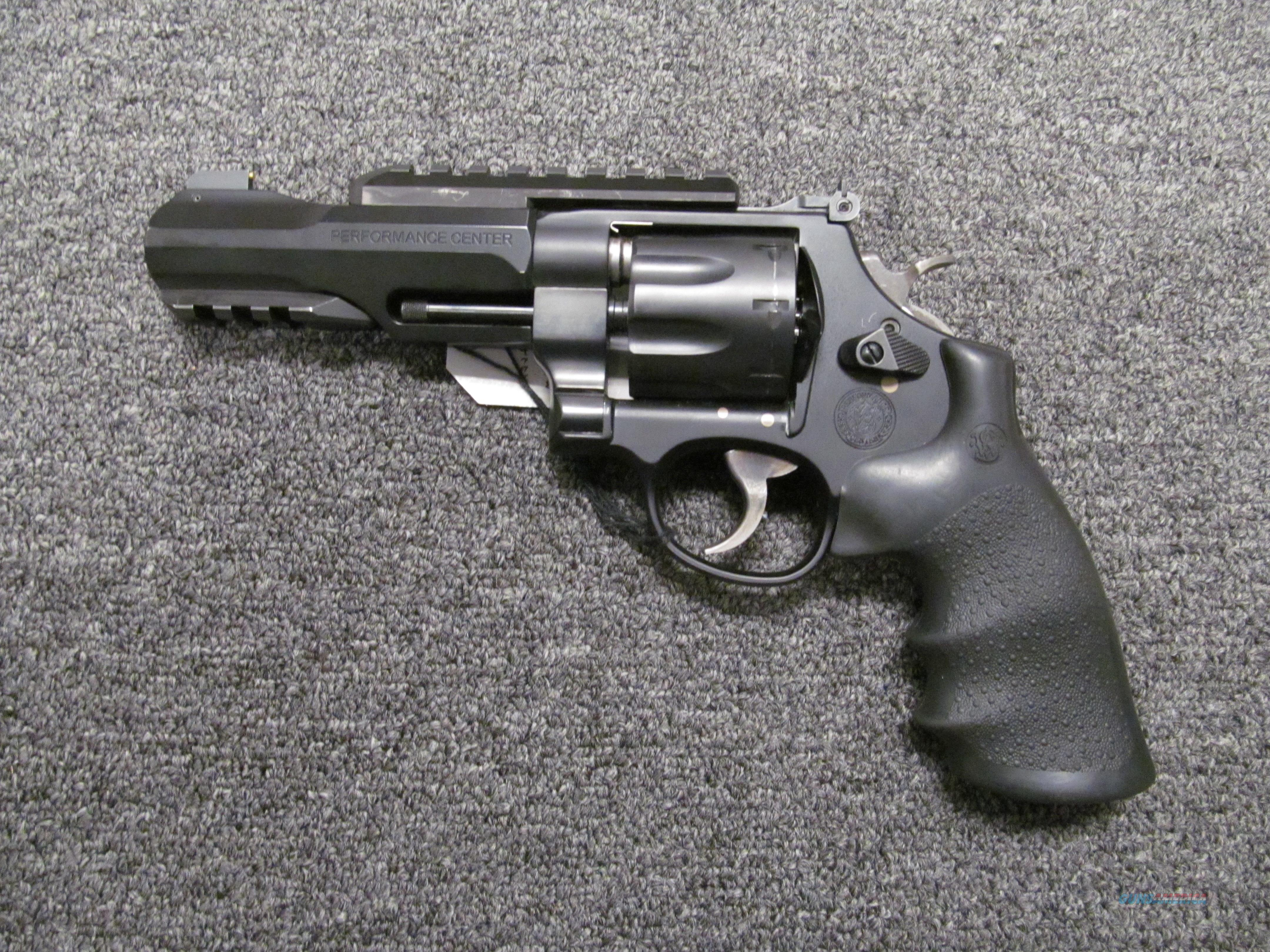 Smith & Wesson 327 TRR8 (170269) Performance Center  Guns > Pistols > Smith & Wesson Revolvers > Performance Center