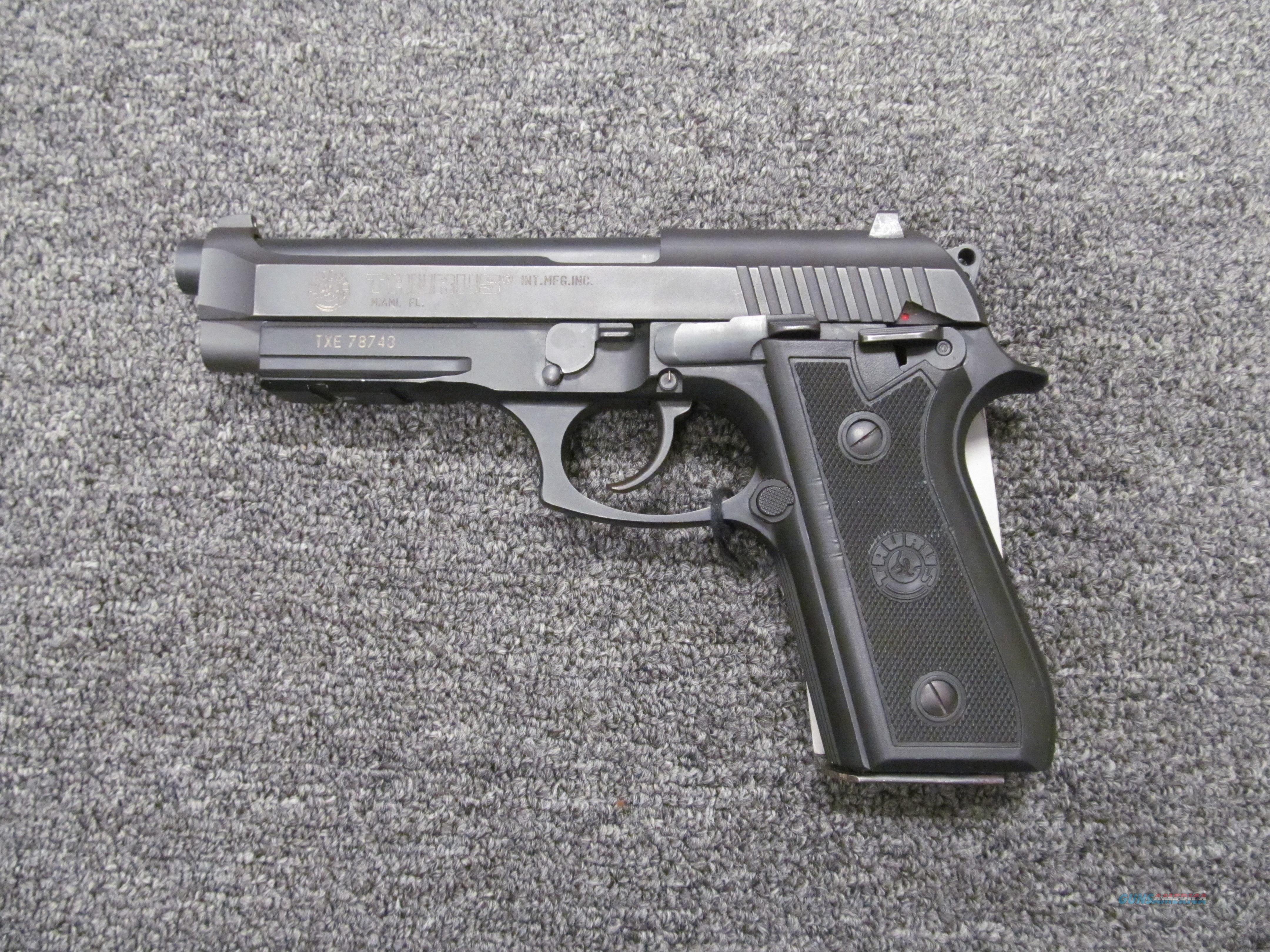 Taurus PT 92 AR  Guns > Pistols > Taurus Pistols > Semi Auto Pistols > Steel Frame