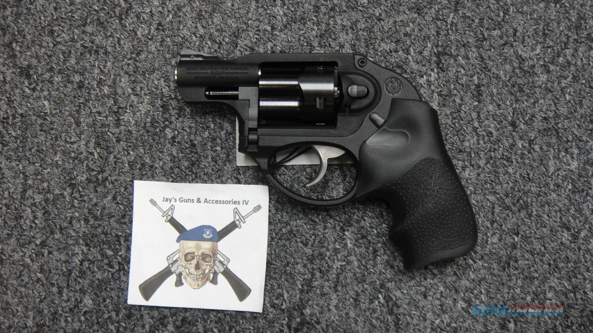 LCR .38spl w/Hogue Tamer Grips  Guns > Pistols > Ruger Double Action Revolver > LCR