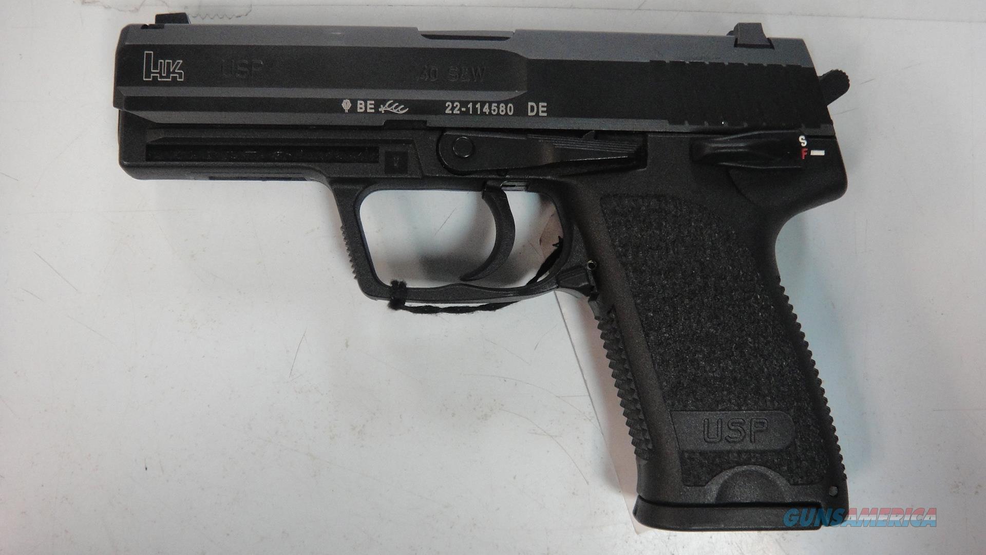 Heckler & Koch USP40 V1  Guns > Pistols > Heckler & Koch Pistols > Polymer Frame