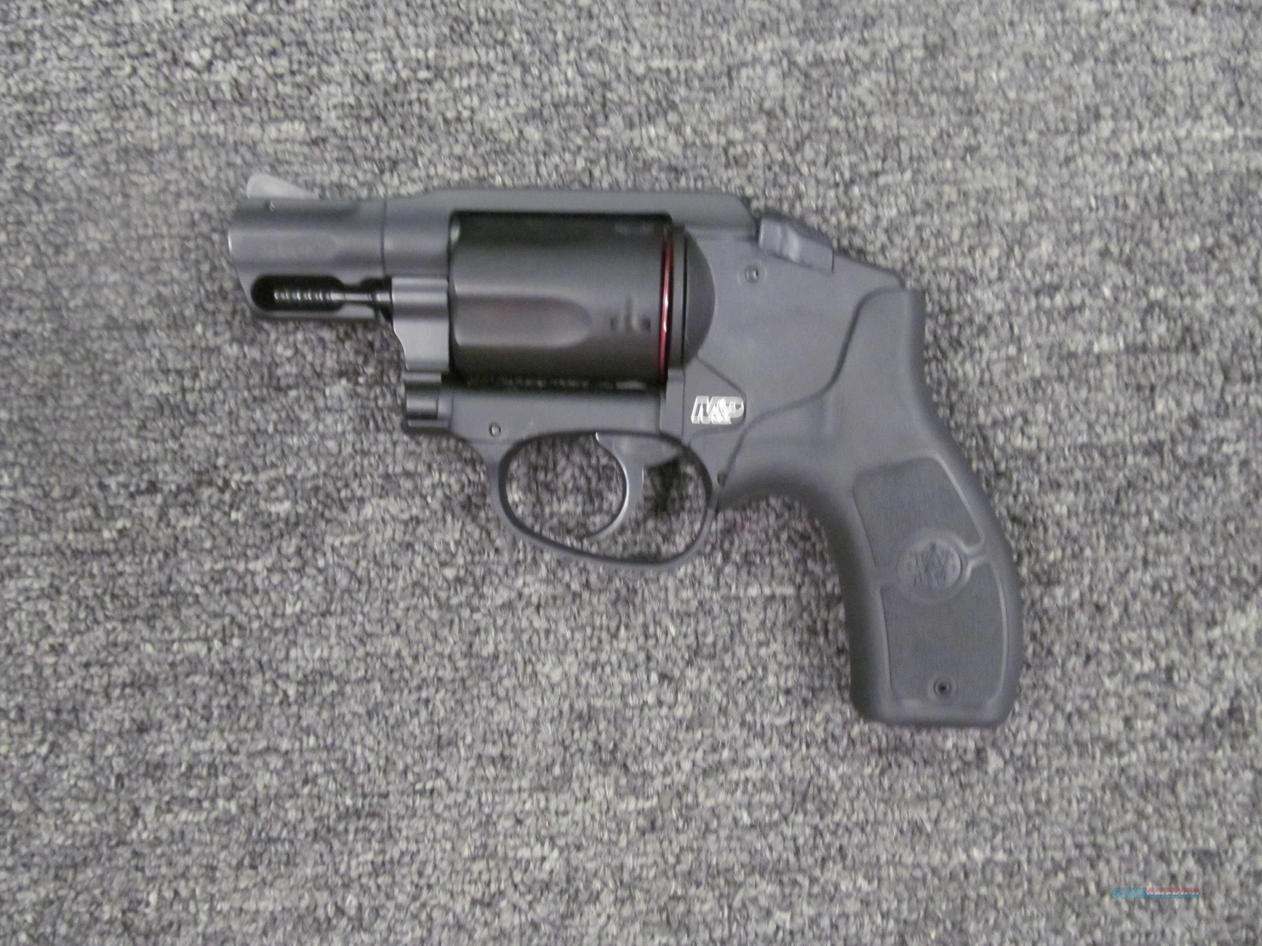 Smith & Wesson M&P Bodyguard 38 (W/ Laser)  Guns > Pistols > Smith & Wesson Revolvers > Small Frame ( J )