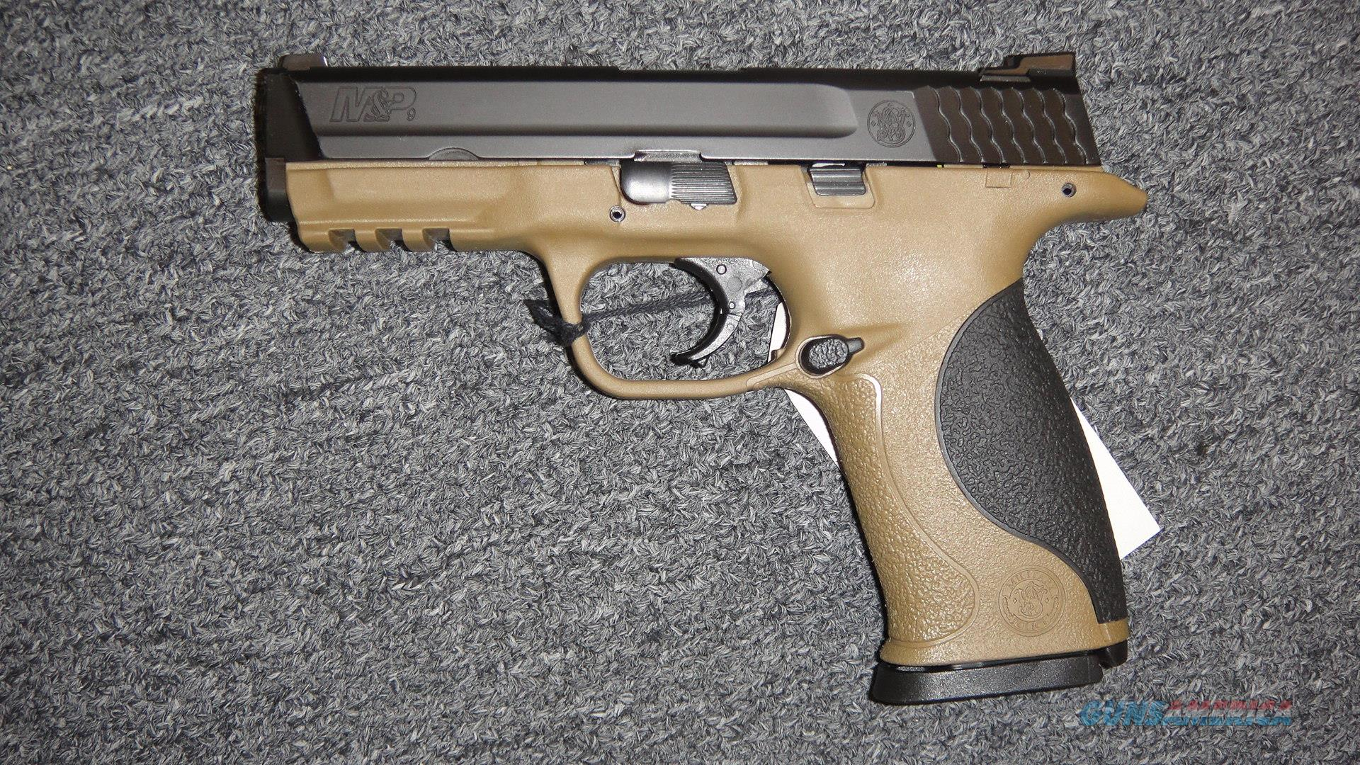 Smith & Wesson M&P9 Two Tone (10188)  Guns > Pistols > Smith & Wesson Pistols - Autos > Polymer Frame